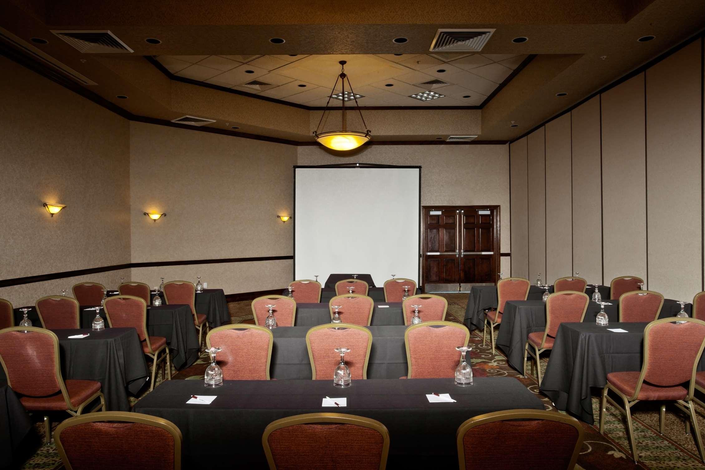 Hampton Inn & Suites Salt Lake City Airport image 19