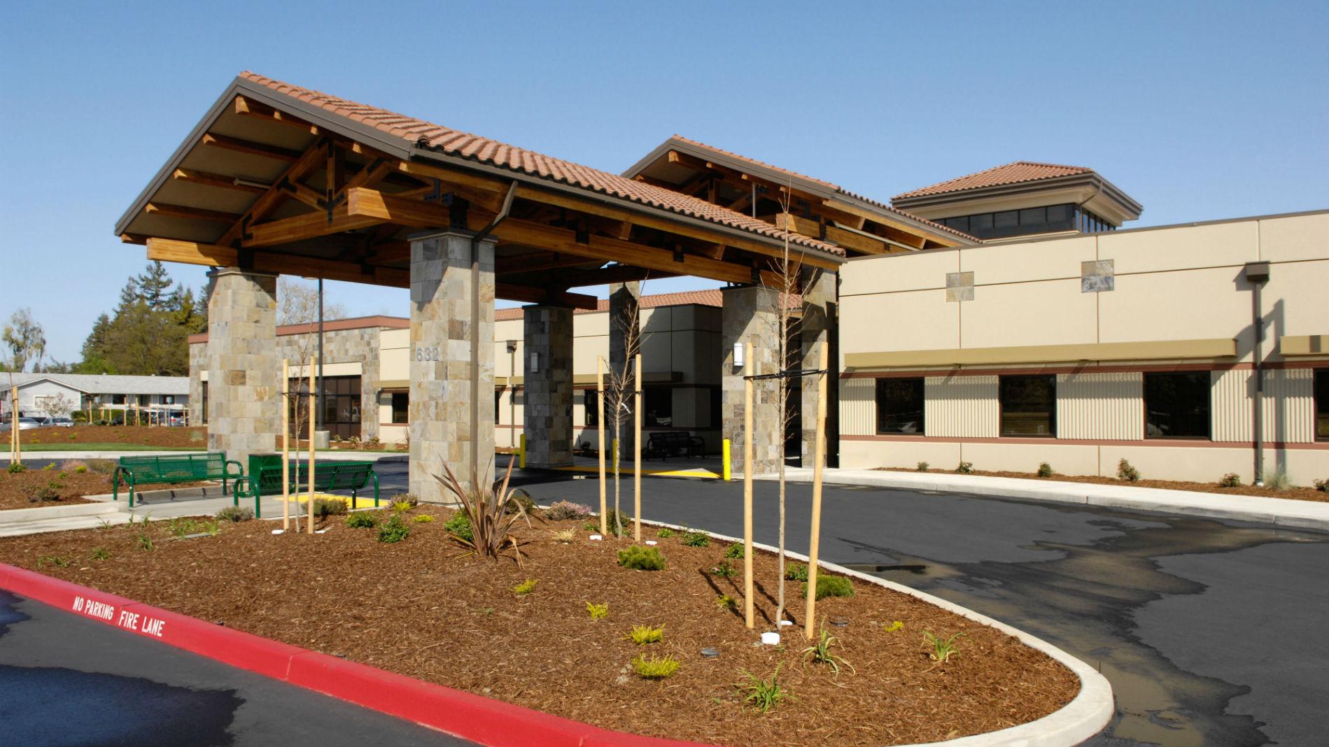 Dignity Health Medical Foundation - Woodland and Davis 632 W