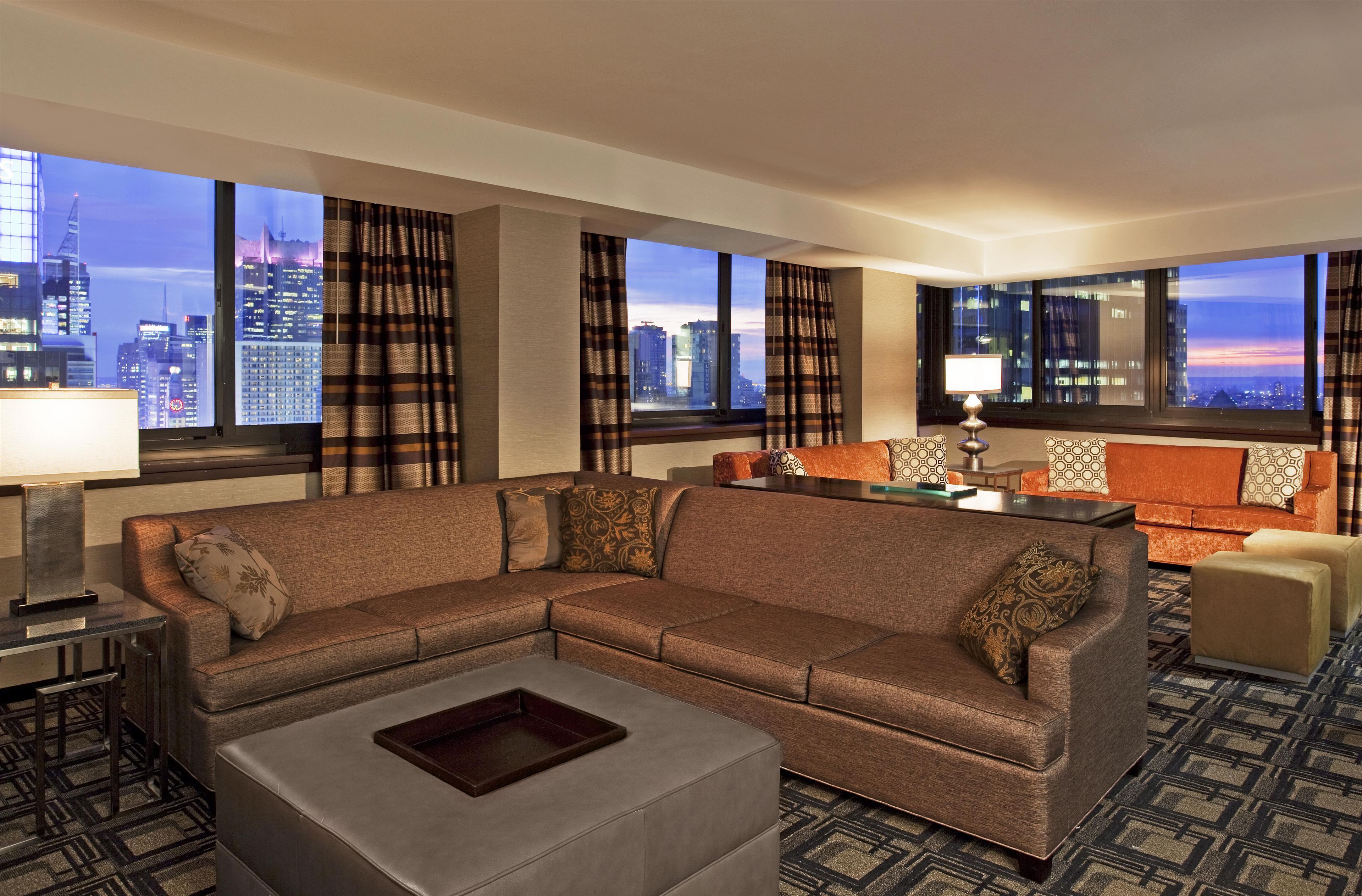 Sheraton New York Times Square Hotel image 4