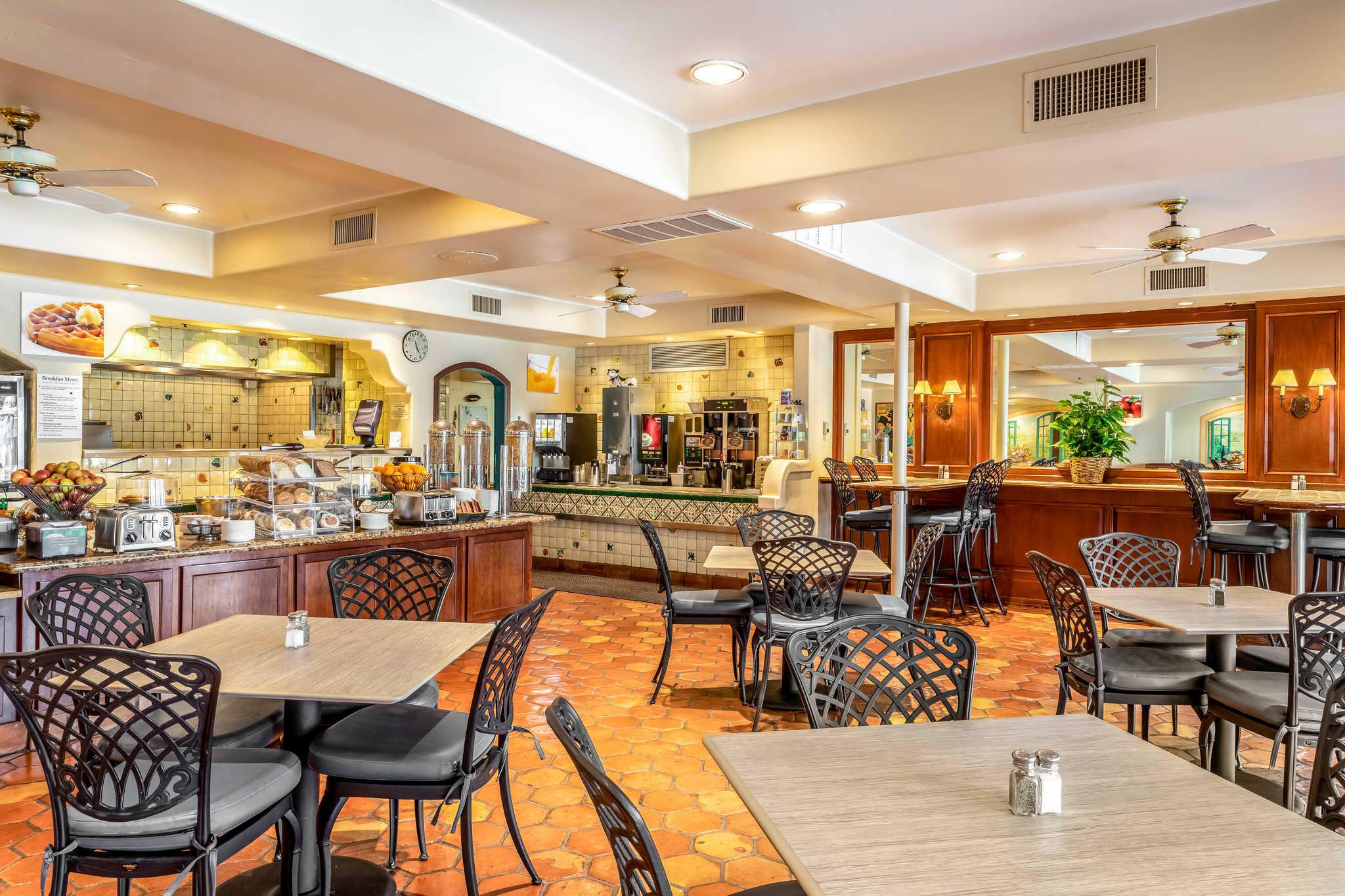 Quality Suites Downtown San Luis Obispo image 16