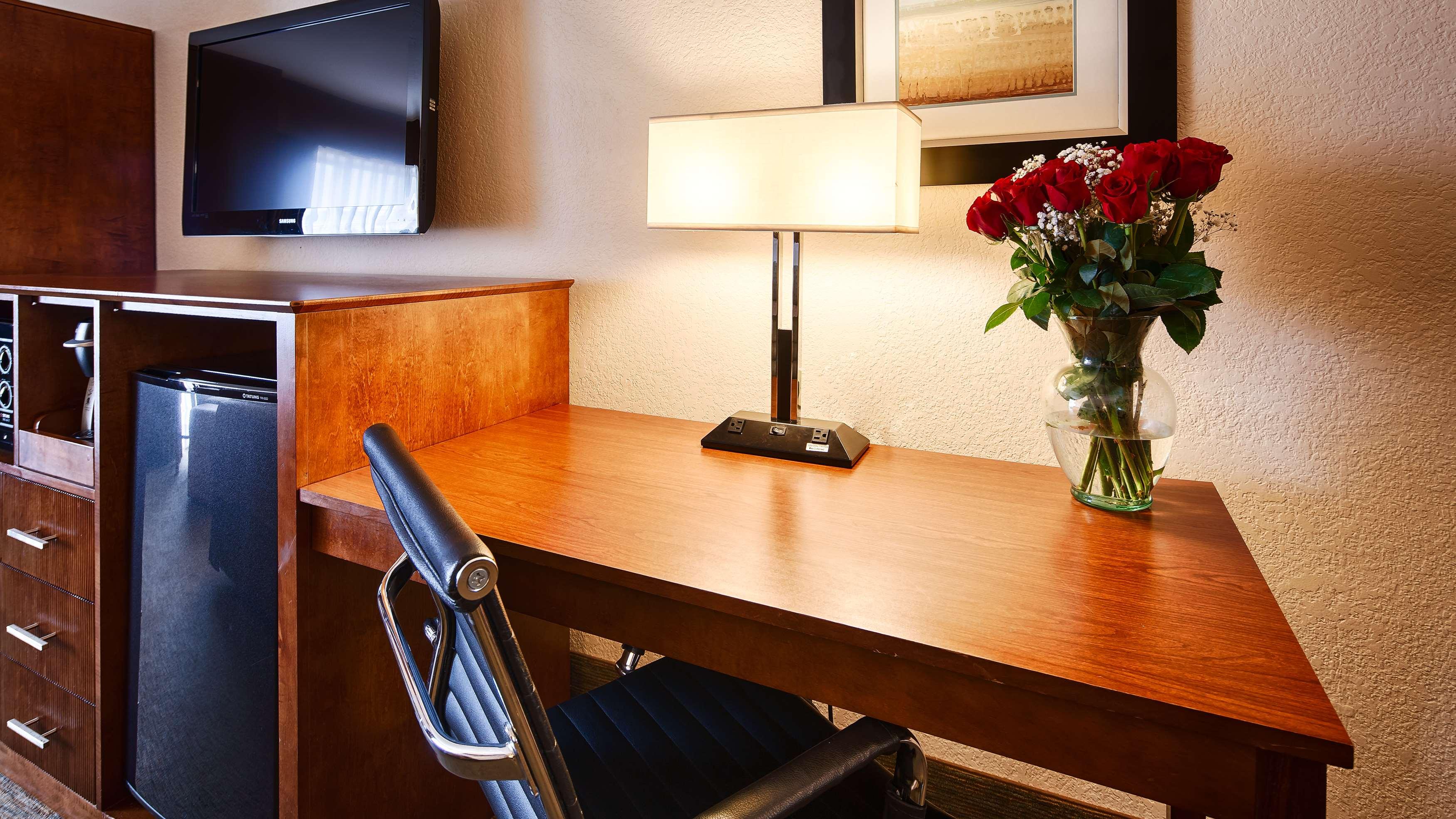 Best Western Plus Atrium Inn image 24
