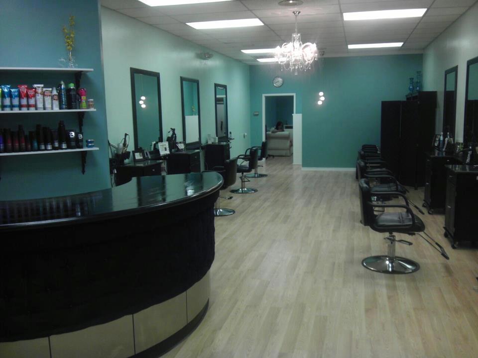 Bettie Bangs Salon image 9