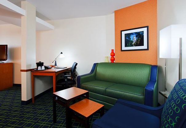 Fairfield Inn & Suites by Marriott South Bend at Notre Dame image 9