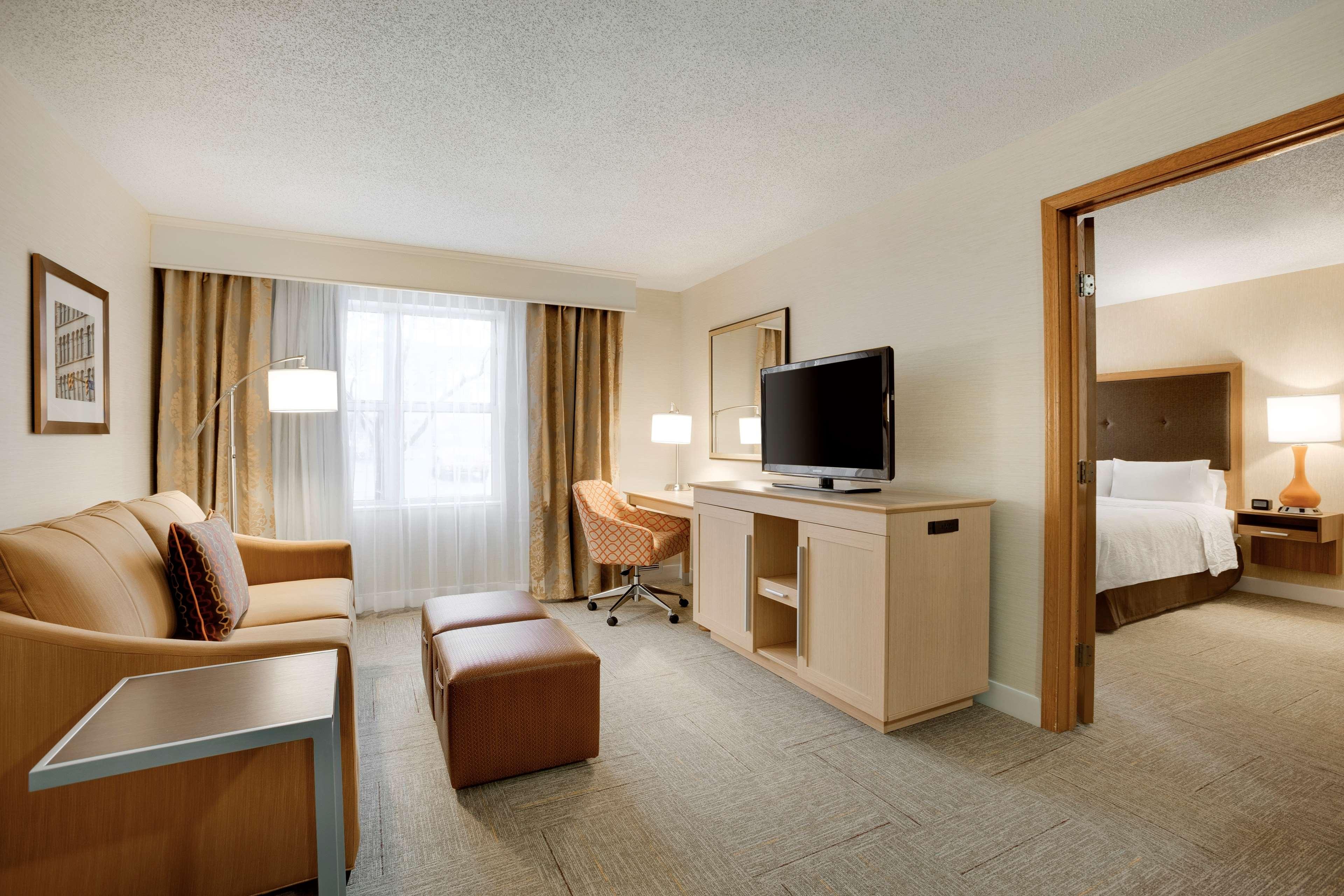 Hampton Inn & Suites Cleveland/Independence image 0