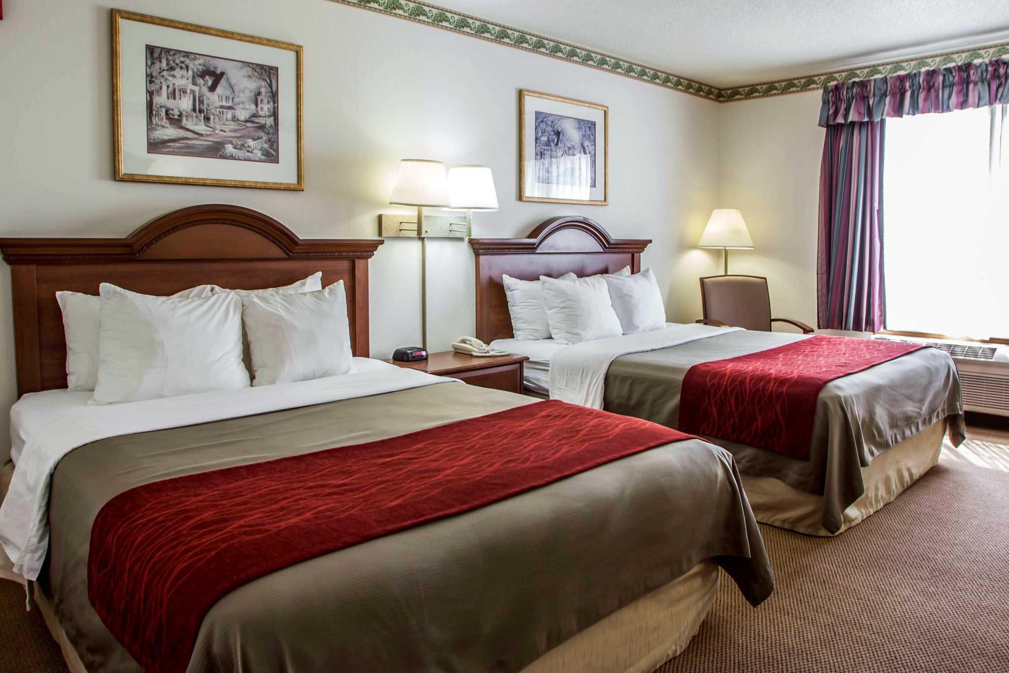 Comfort Inn & Suites in Geneva, IL, photo #10