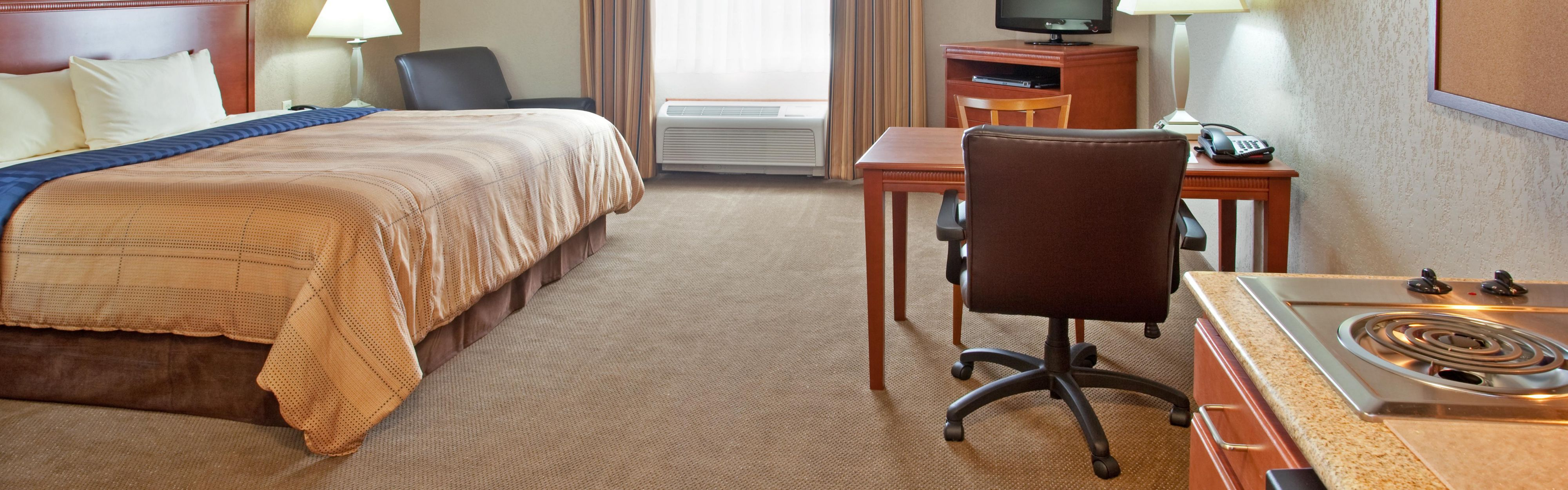 Candlewood Suites Elgin NW-Chicago image 1