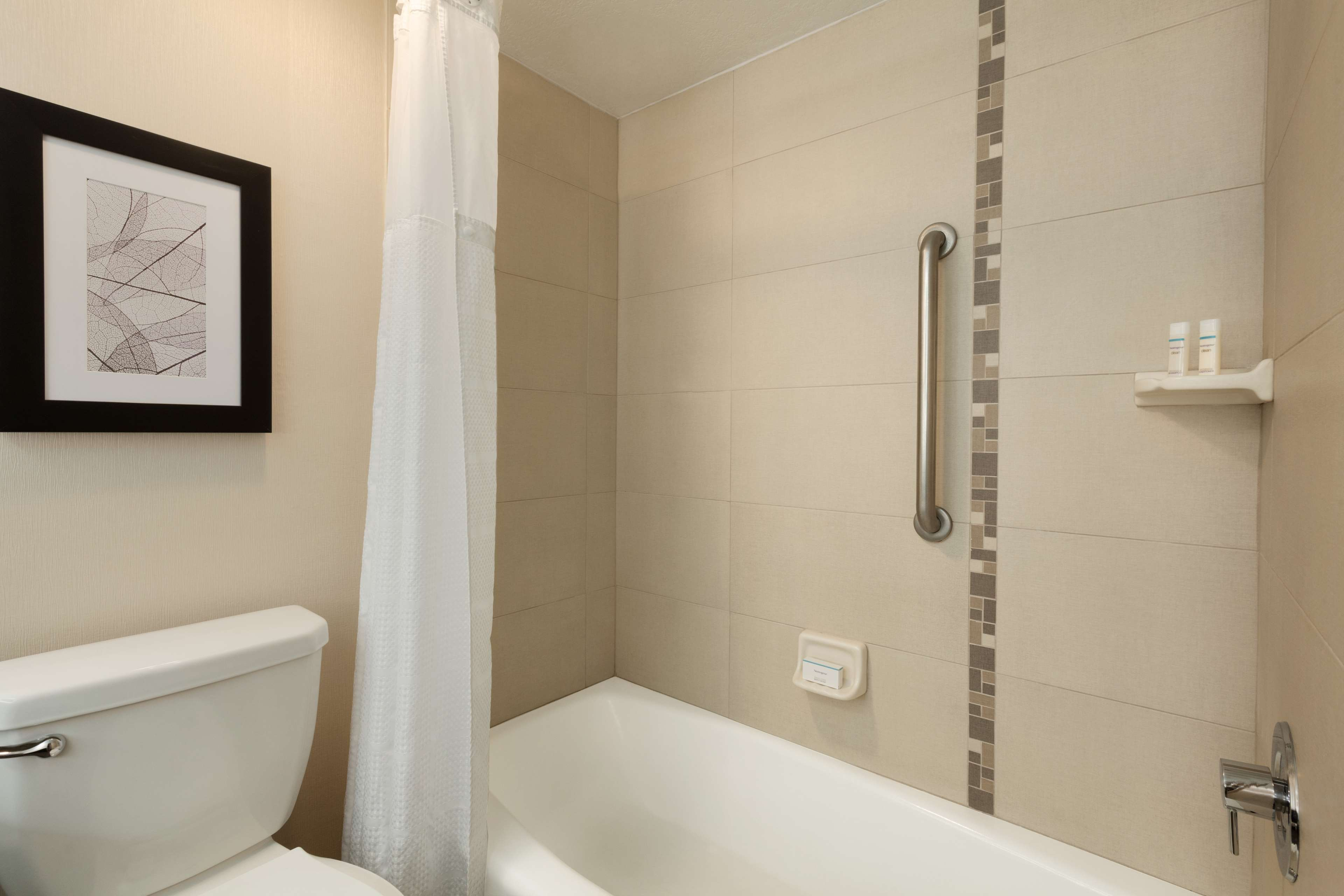 Embassy Suites by Hilton Arcadia Pasadena Area image 23