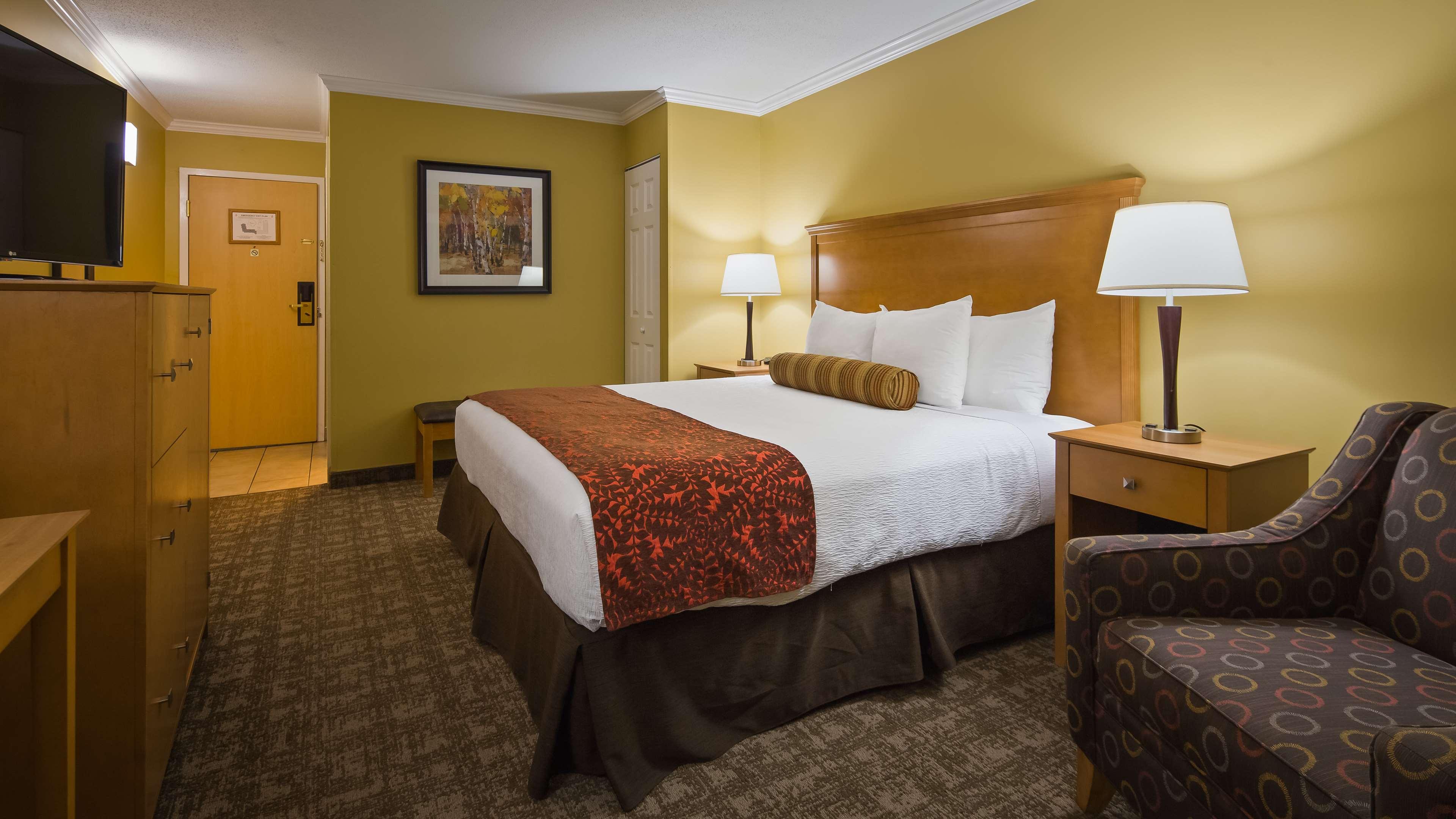 Best Western Plus Windjammer Inn & Conference Center image 25