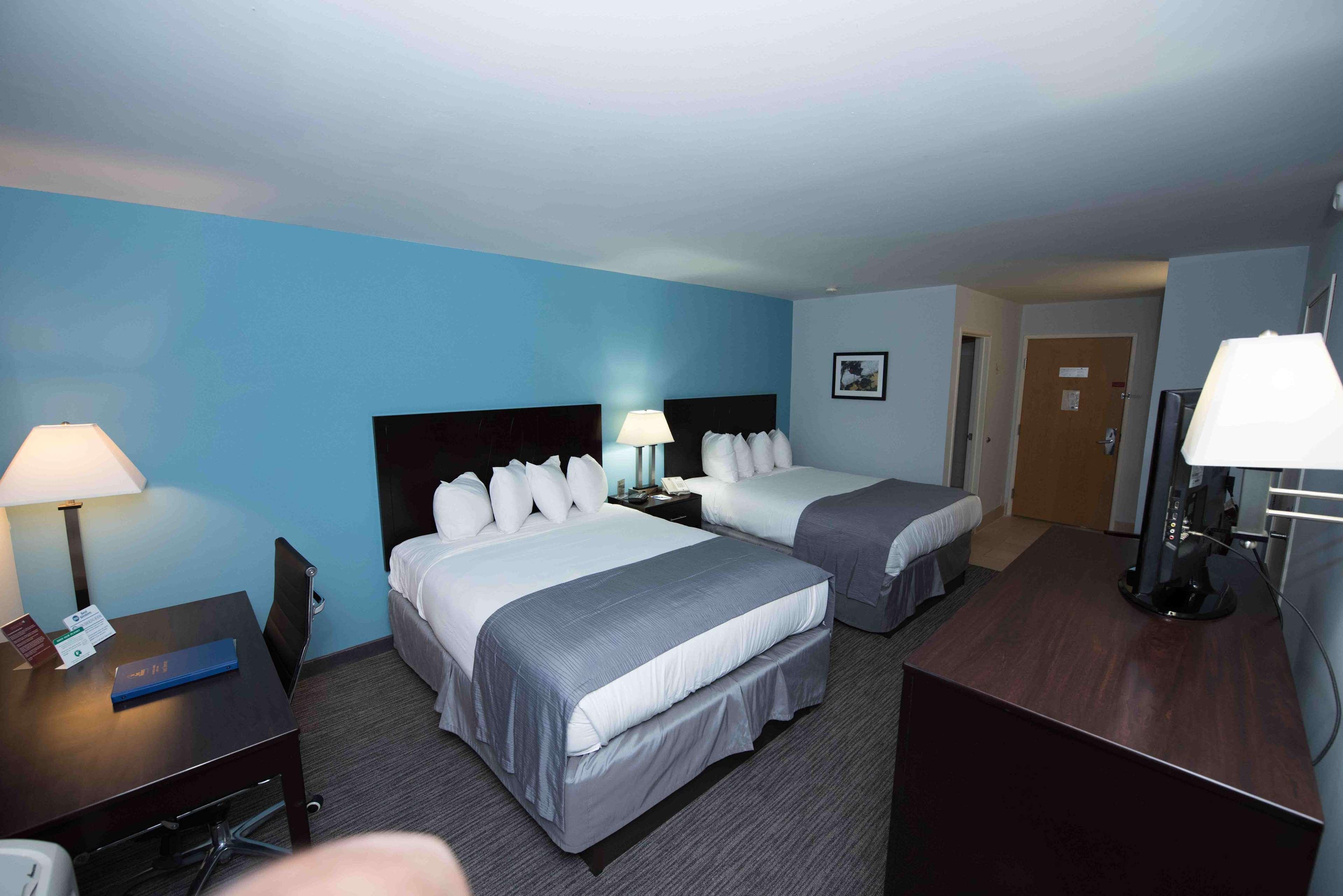 Best Western New Baltimore Inn image 21