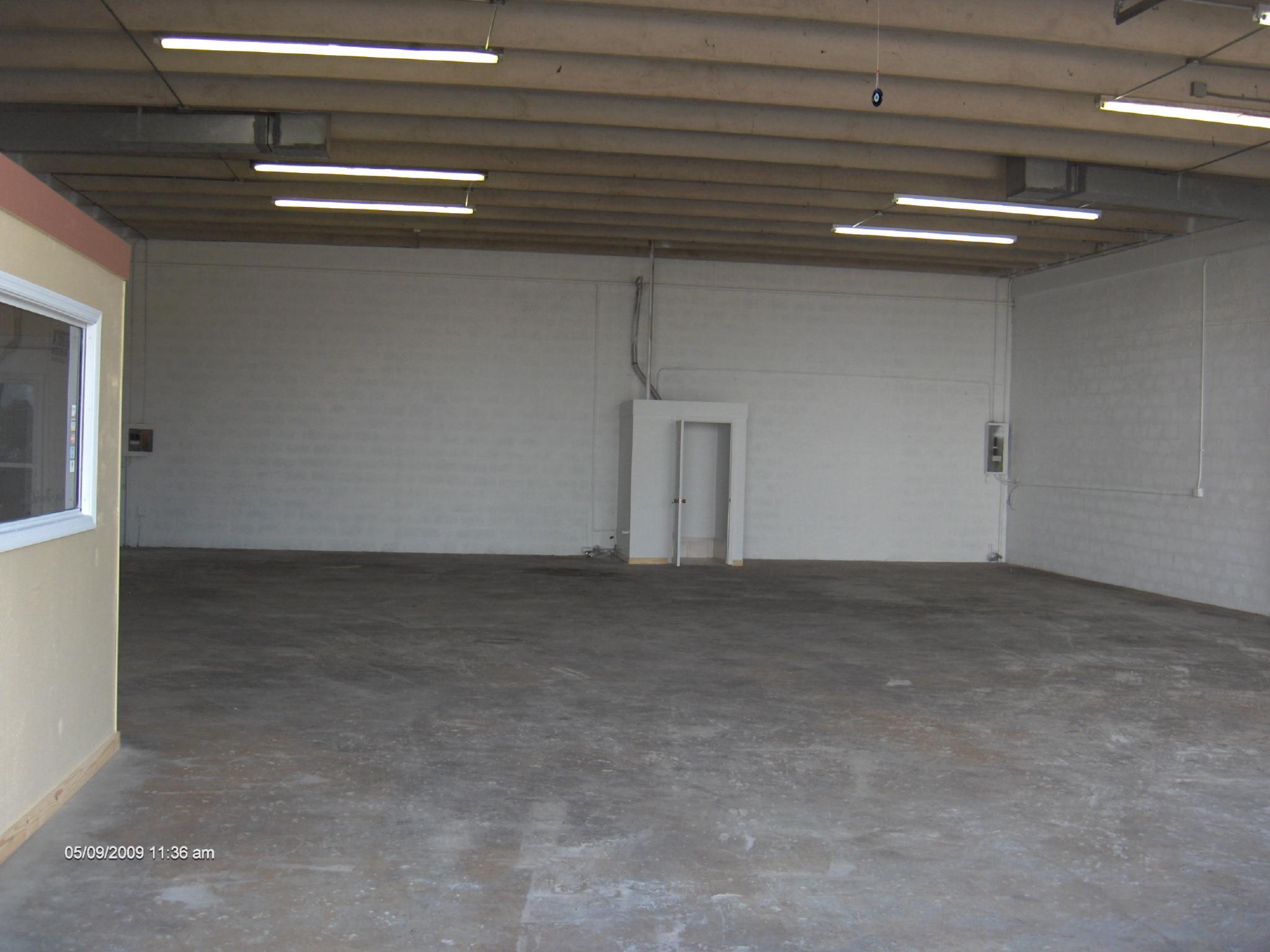 Warehouse for Rent in Miami image 39