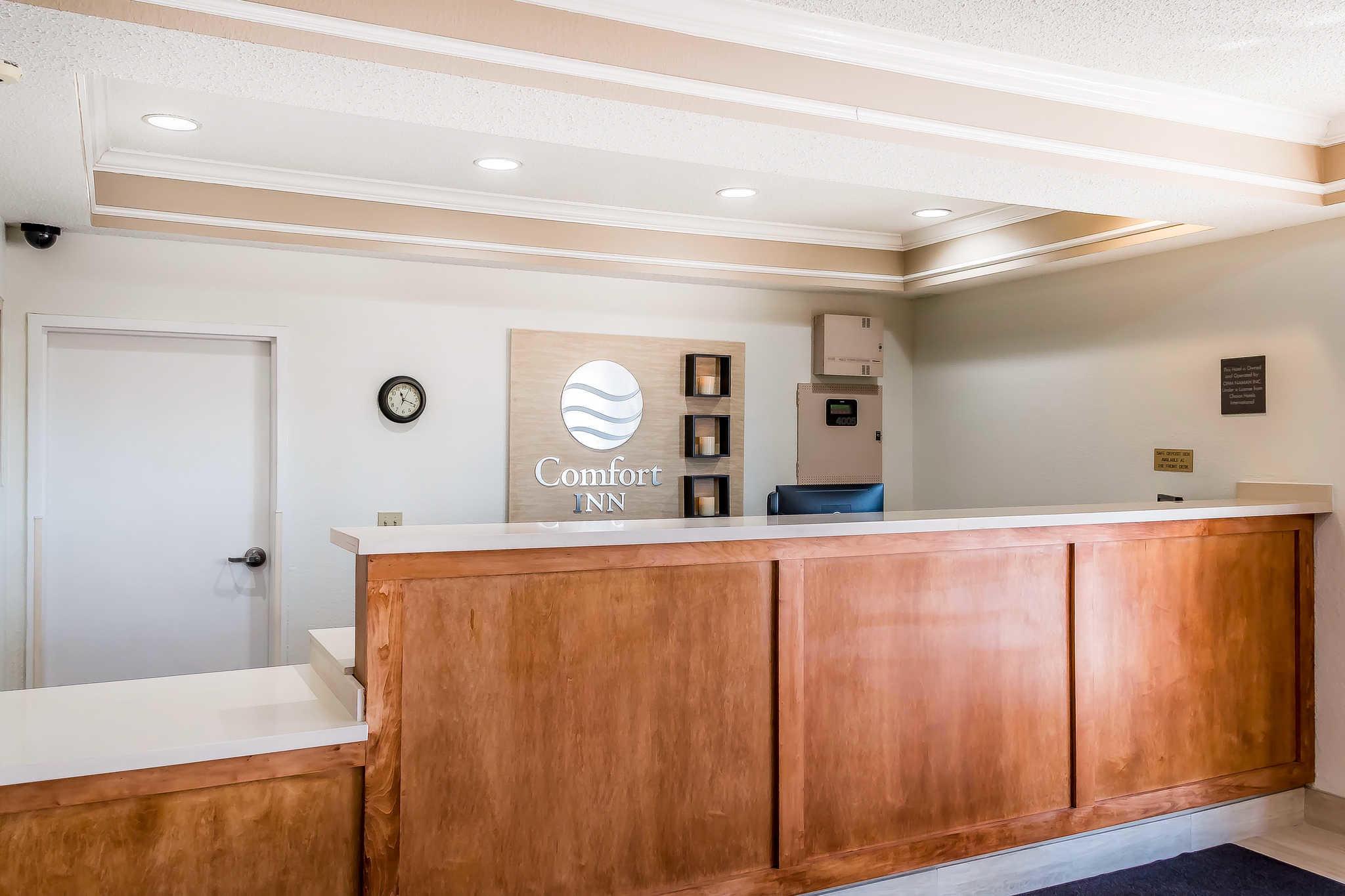 Comfort Inn I-10 EAST Near AT&T Center image 20