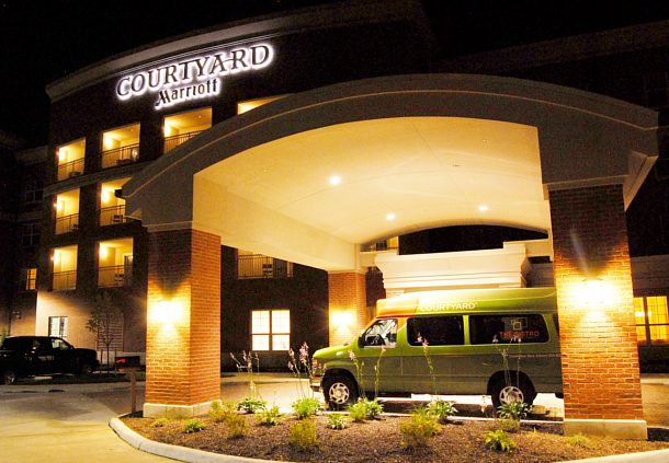 Courtyard by Marriott Columbus New Albany image 4