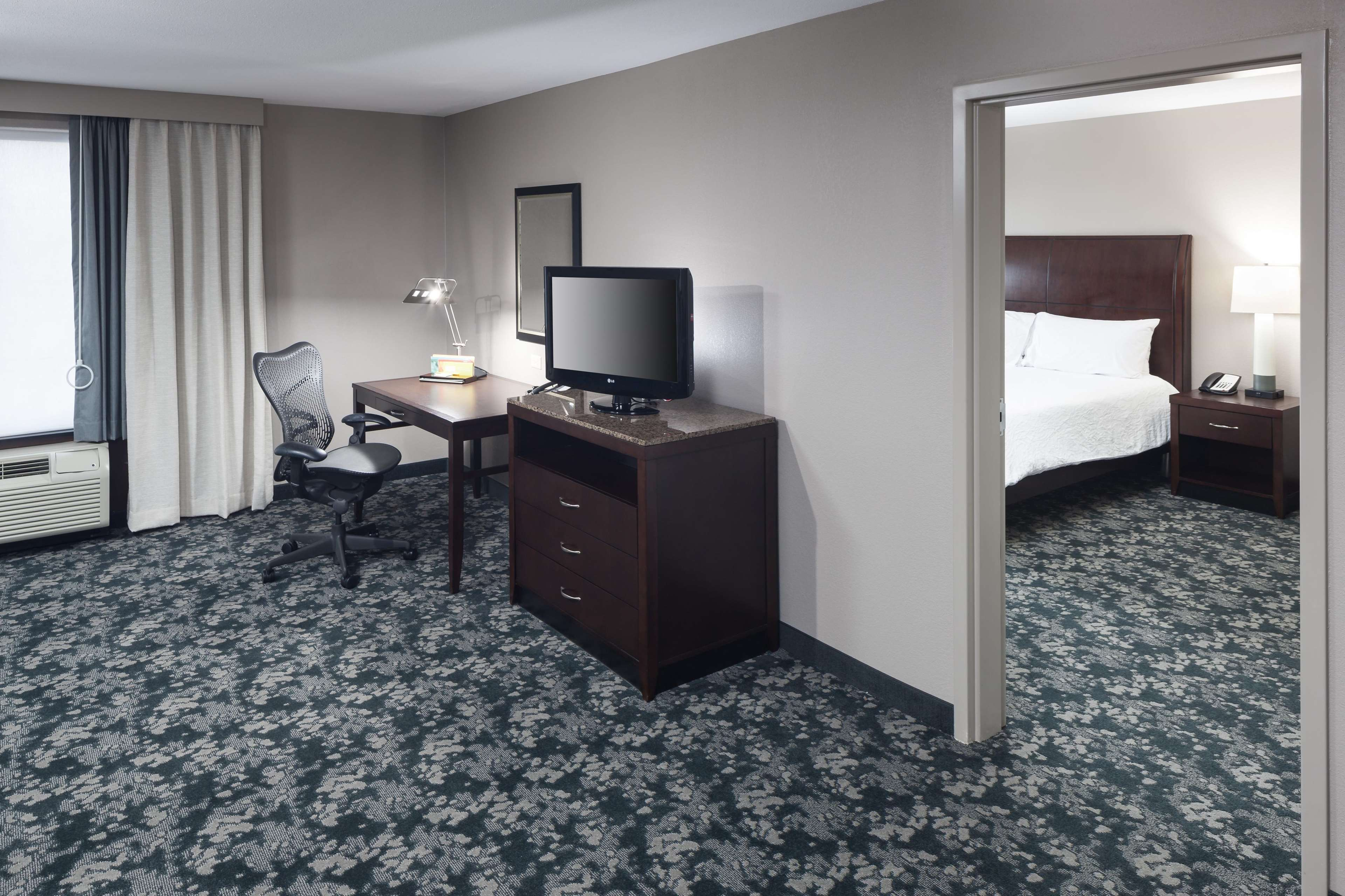 King Whirlpool Accessible Suite - Desk Area