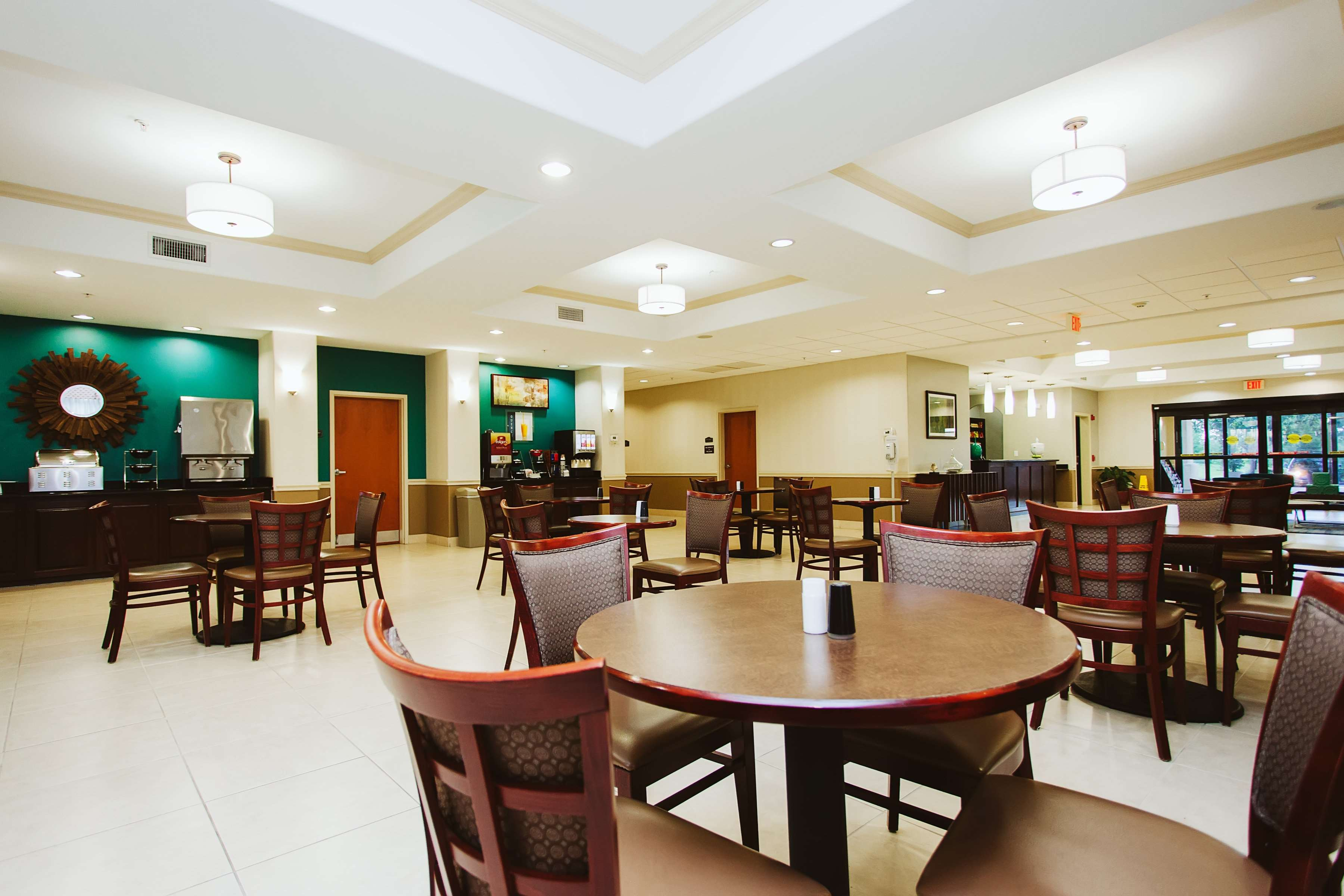Best Western Sugarland Inn image 18
