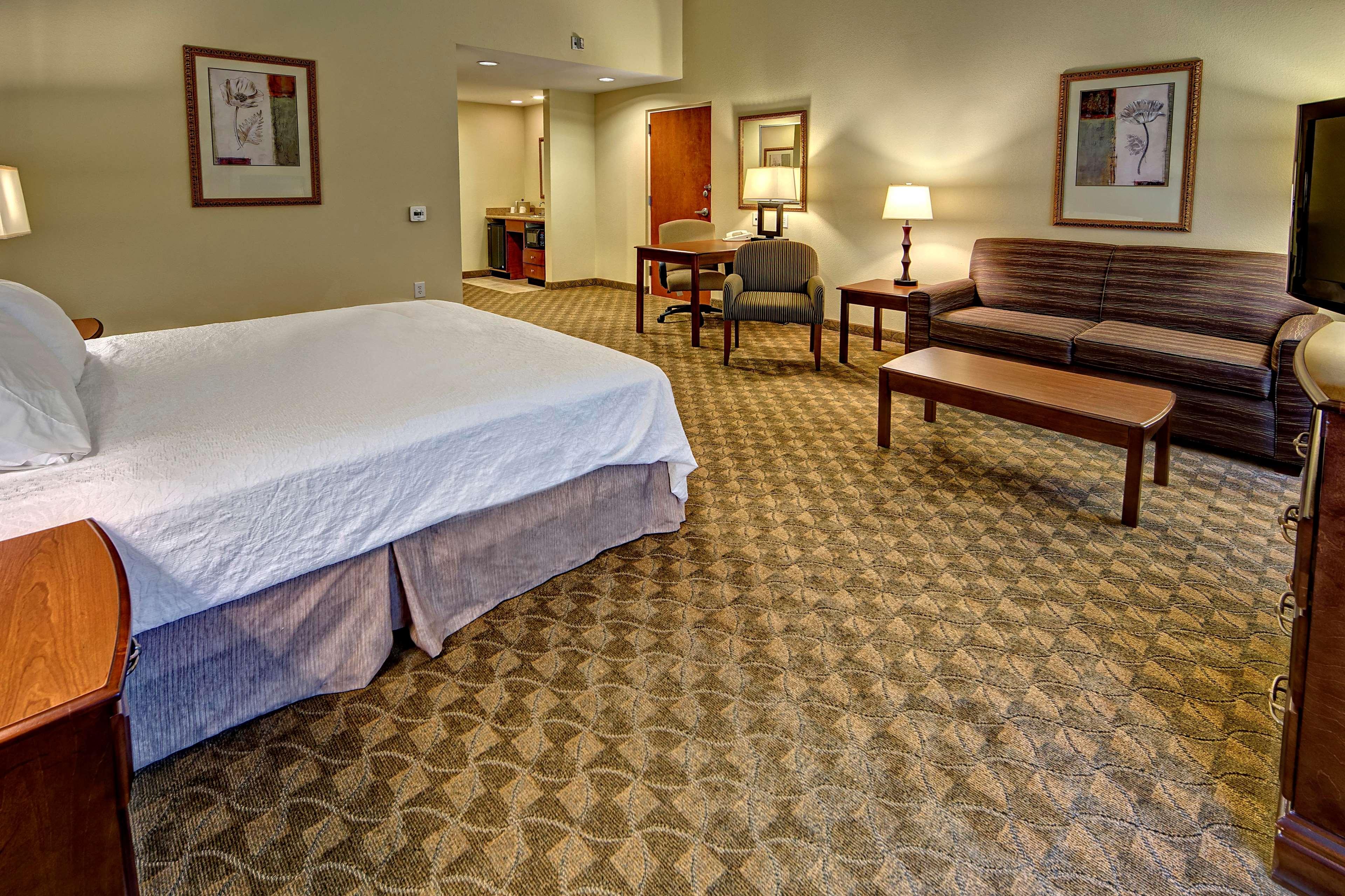 Hampton Inn & Suites Cashiers-Sapphire Valley image 41