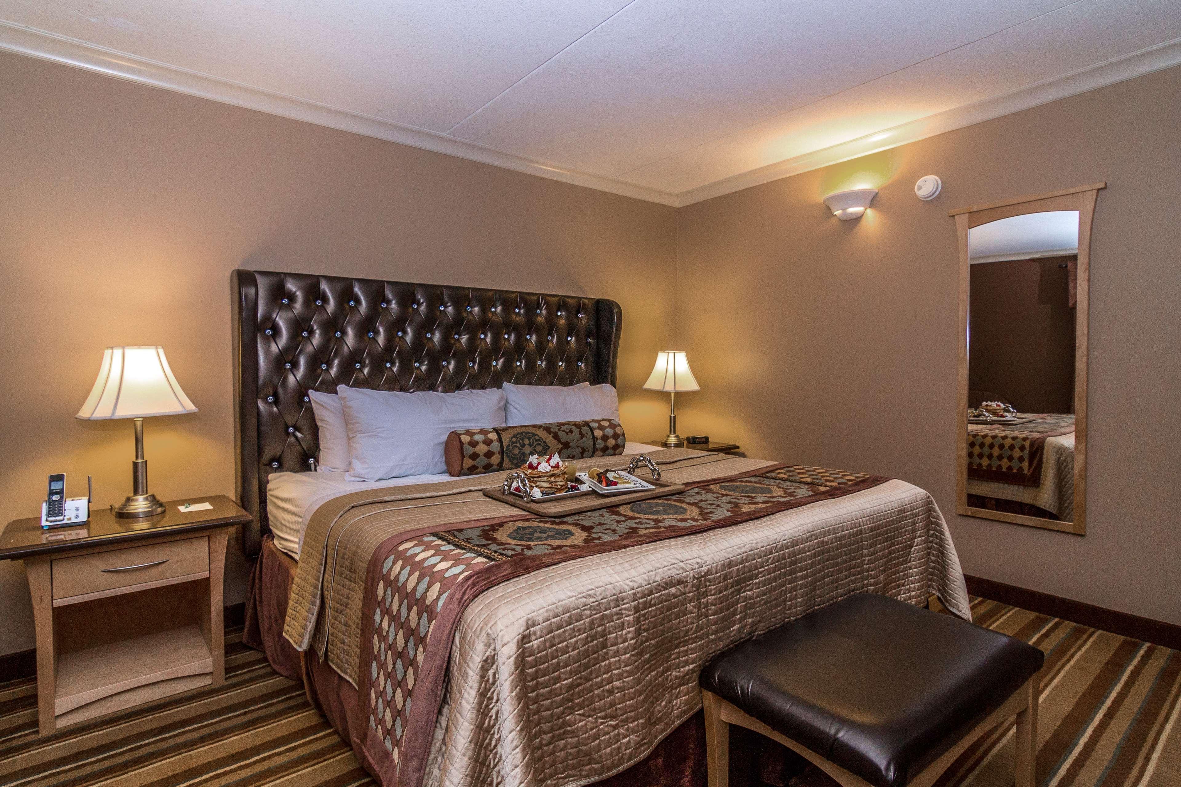 Best Western Marquis Inn & Suites in Prince Albert: Deluxe Suite