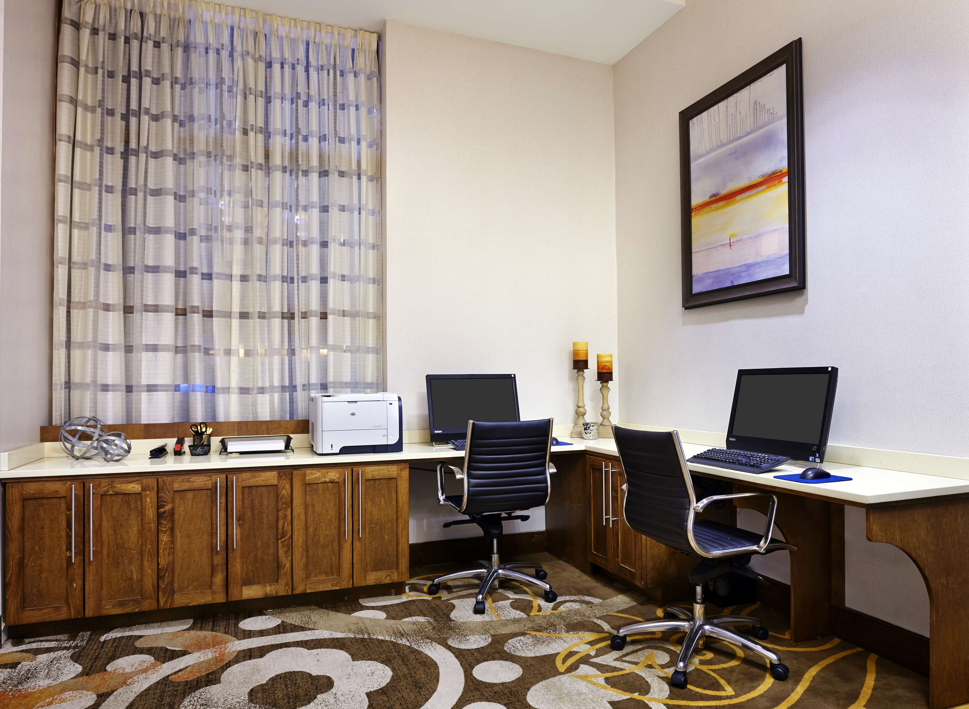 DoubleTree by Hilton Hotel Washington DC - Silver Spring image 27