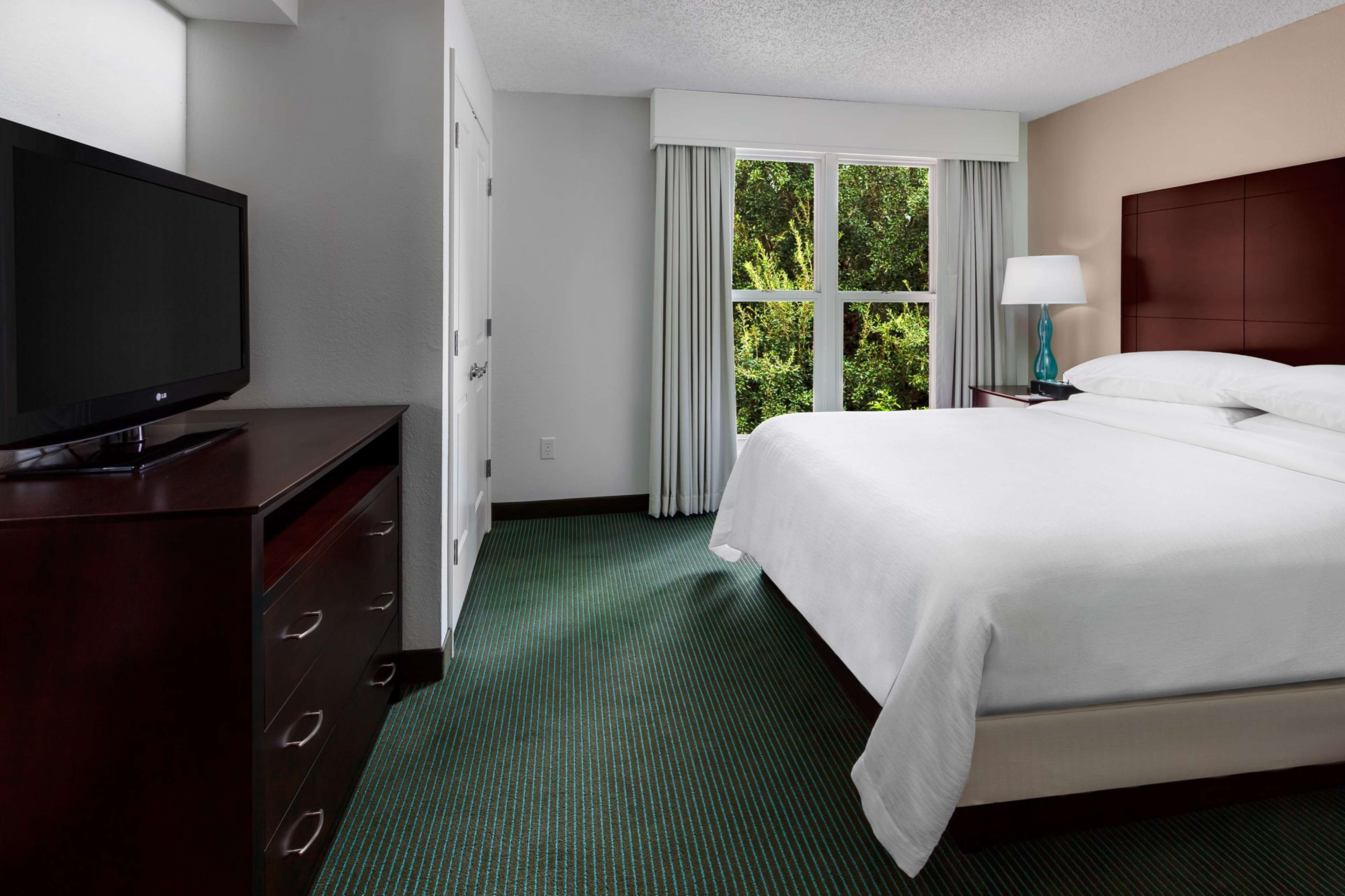 Embassy Suites by Hilton Orlando Lake Buena Vista Resort image 22