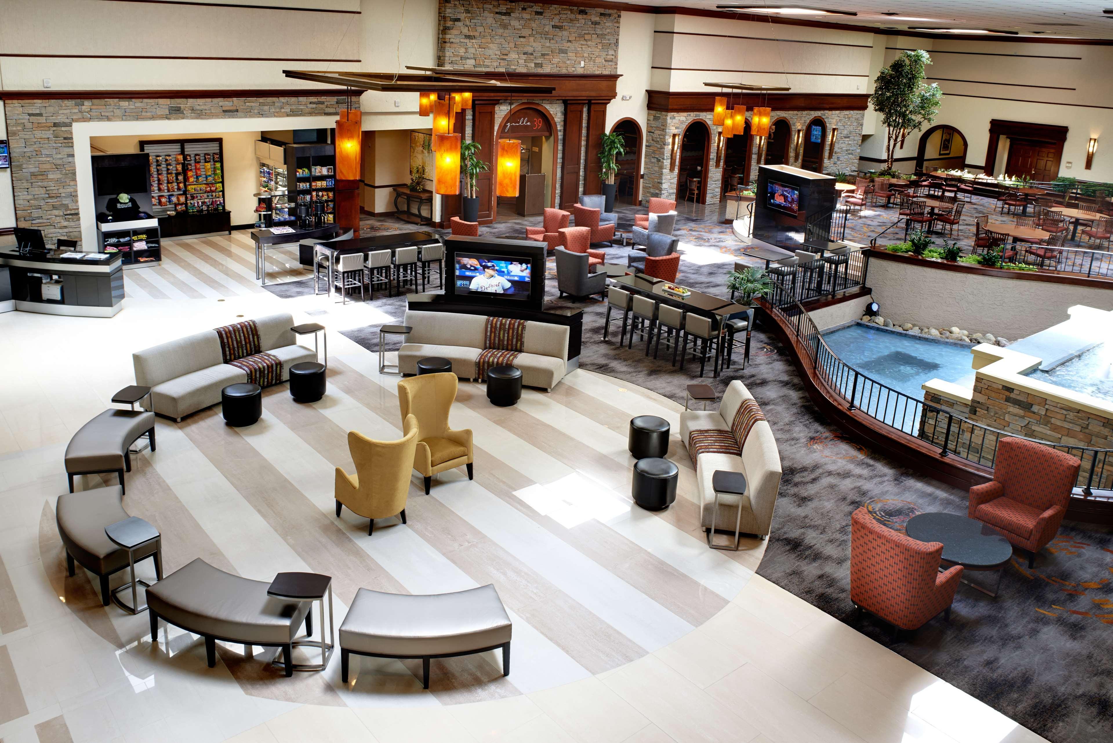 DoubleTree by Hilton Hotel Detroit - Dearborn image 3