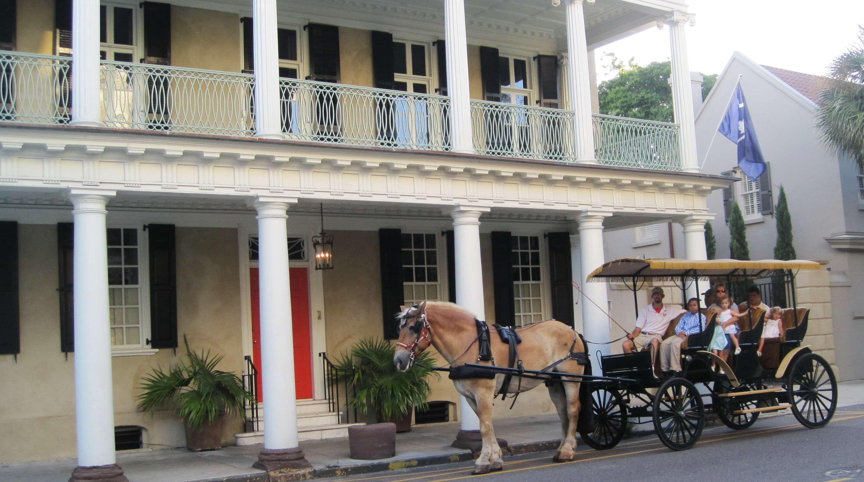 DoubleTree by Hilton Hotel & Suites Charleston - Historic District image 24