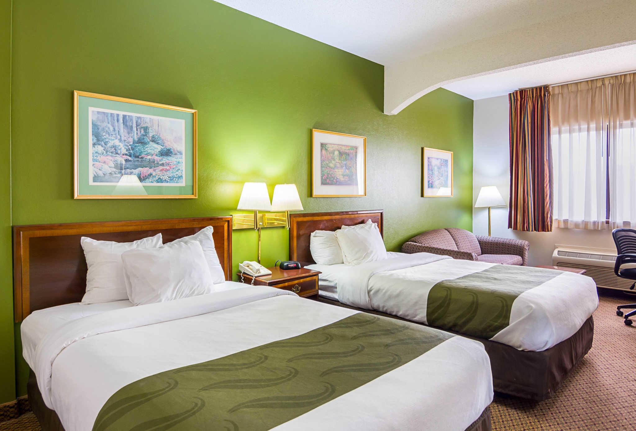 Quality Inn & Suites Kearneysville - Martinsburg image 7