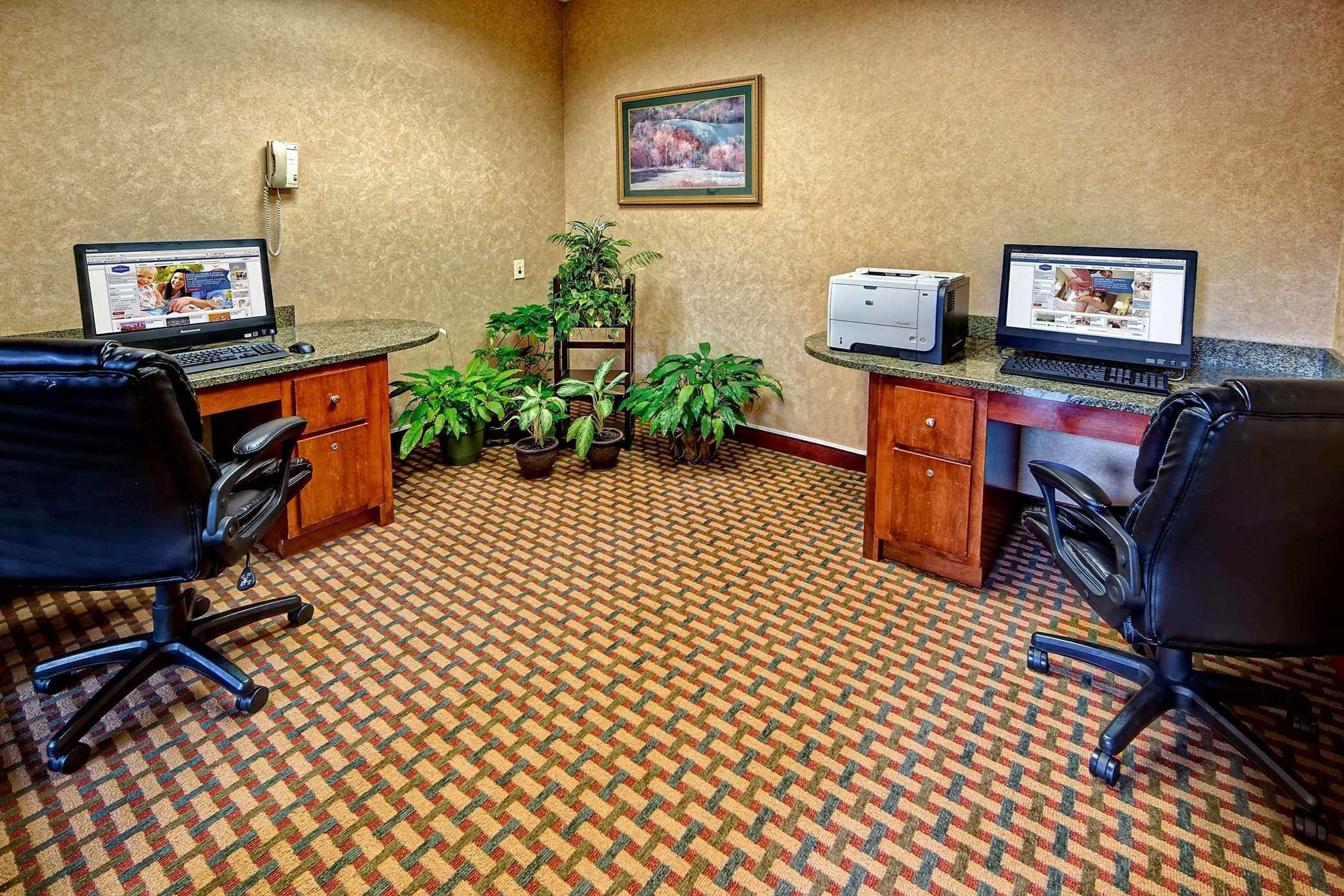 Hampton Inn & Suites Cashiers-Sapphire Valley image 31