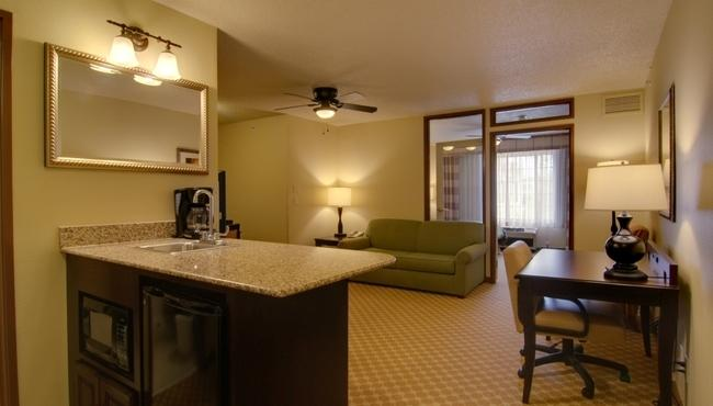 Country Inn & Suites by Radisson, Chanhassen, MN image 2