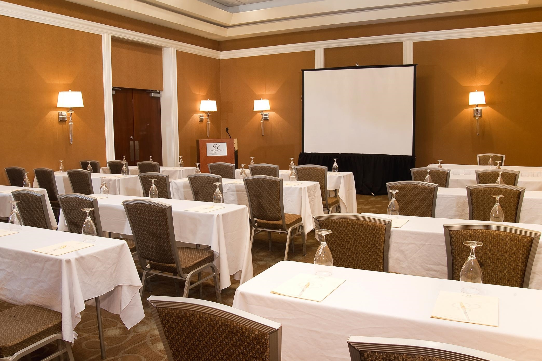 DoubleTree by Hilton Hotel Collinsville - St. Louis image 18