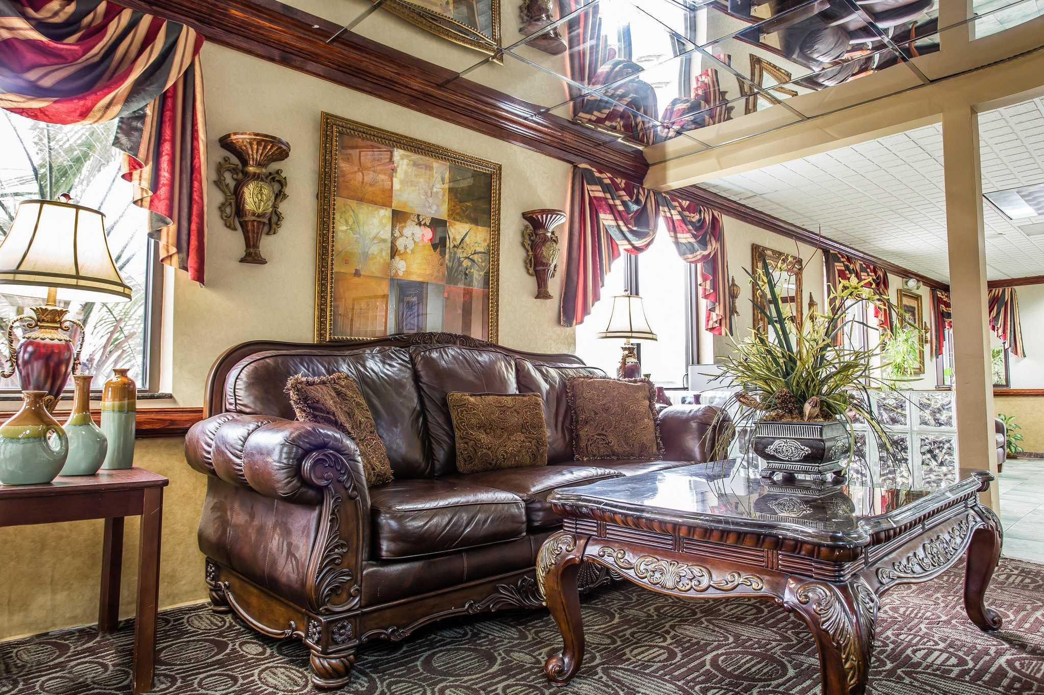 Quality Inn & Suites Ft. Jackson Maingate image 24