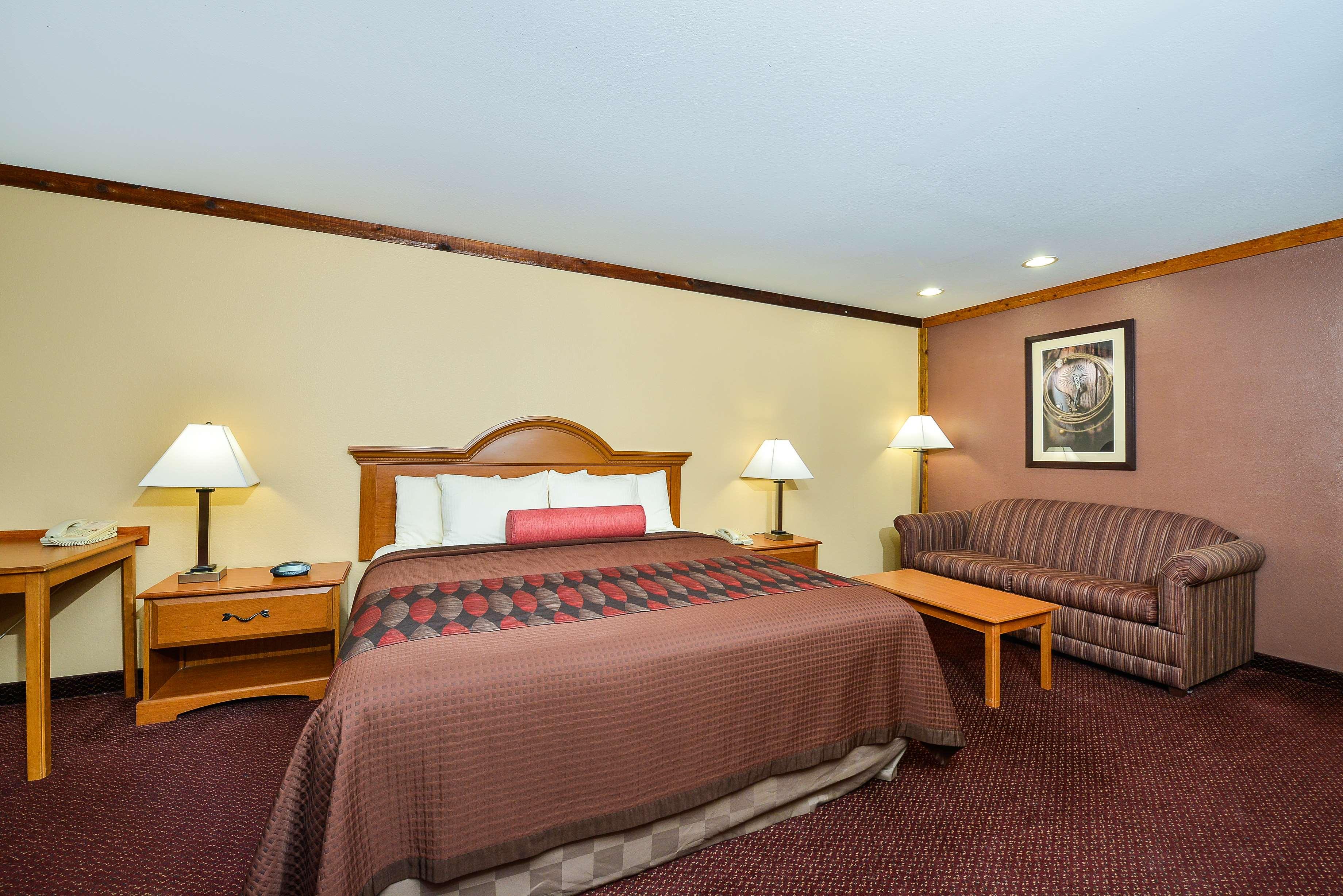 Best Western Windwood Inn & Suites image 27