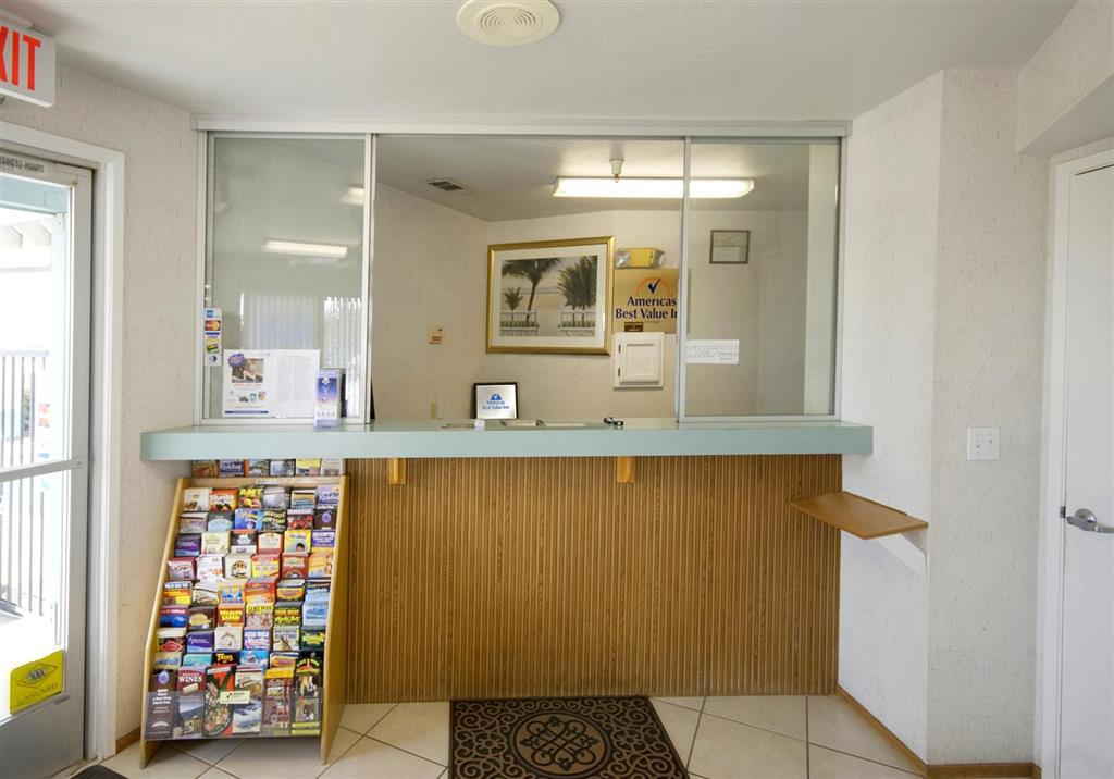 Americas Best Value Inn Dunnigan image 3