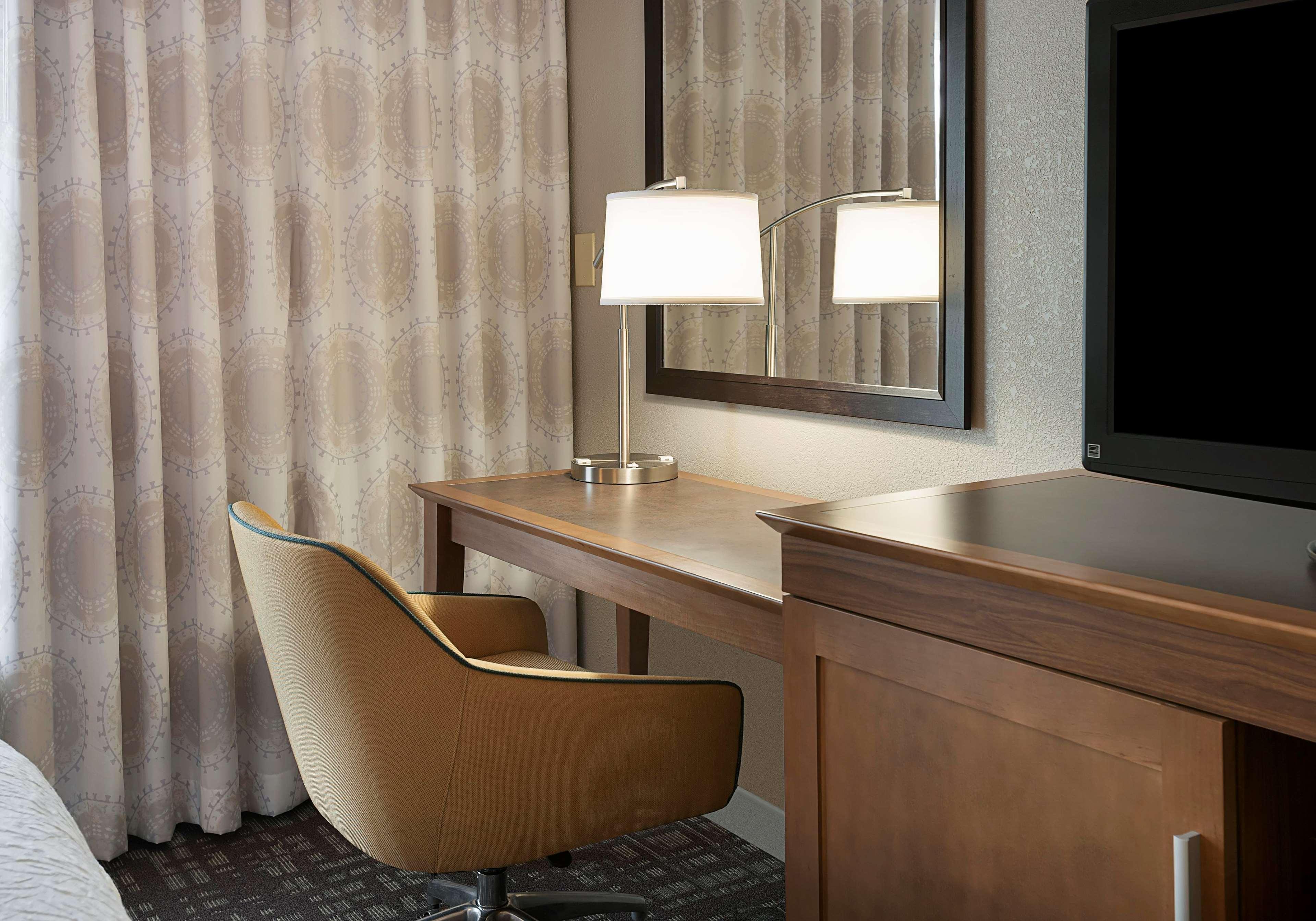 Hampton Inn & Suites Charlotte/Pineville image 25