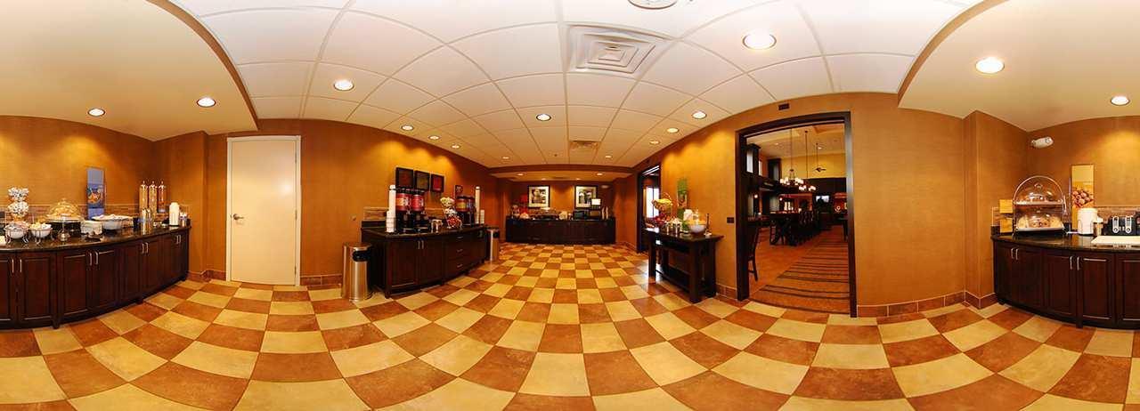 Hampton Inn & Suites Casper image 3