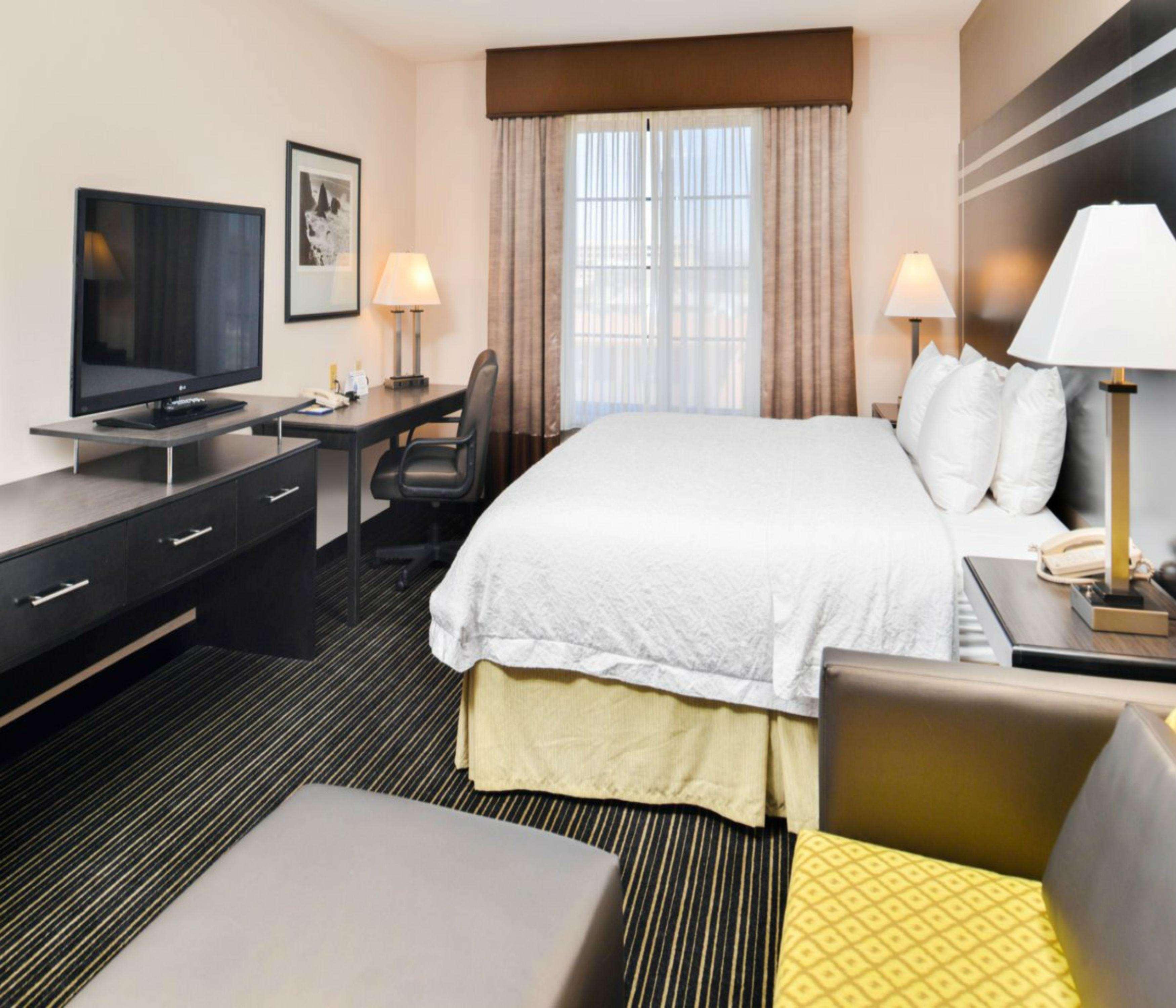 Hampton Inn & Suites San Francisco-Burlingame-Airport South image 26