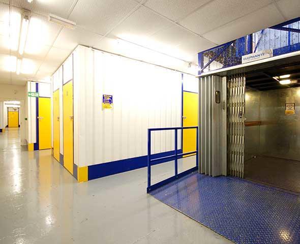 safestore self storage edinburgh fort kinnaird storage. Black Bedroom Furniture Sets. Home Design Ideas