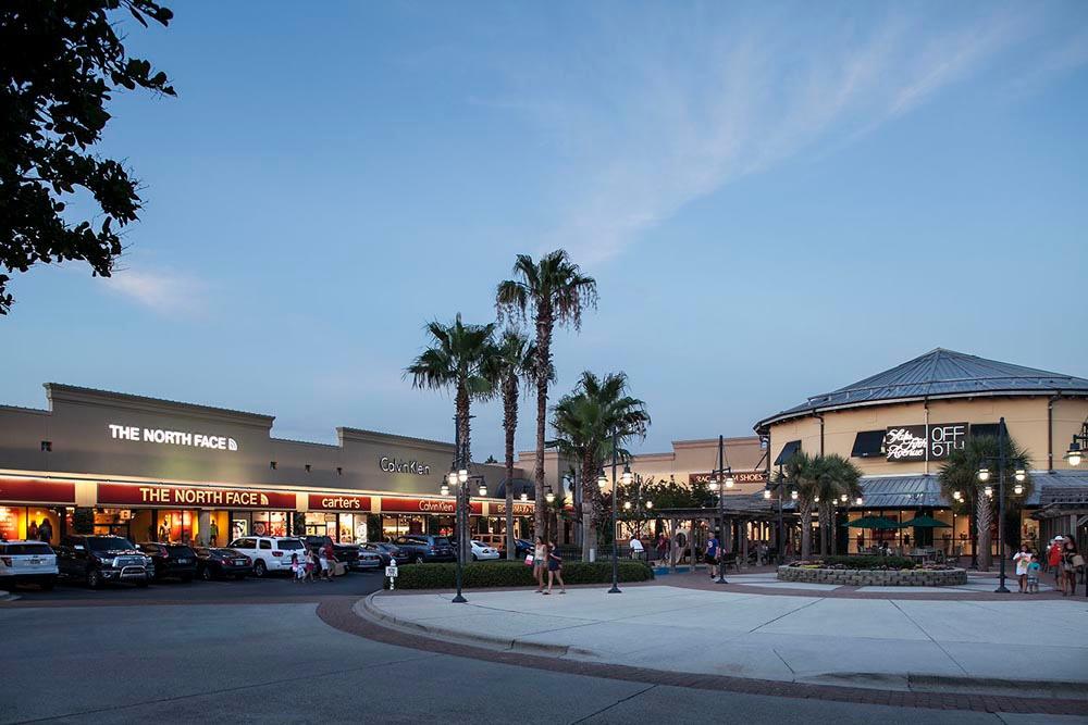 Silver Sands Premium Outlets image 7