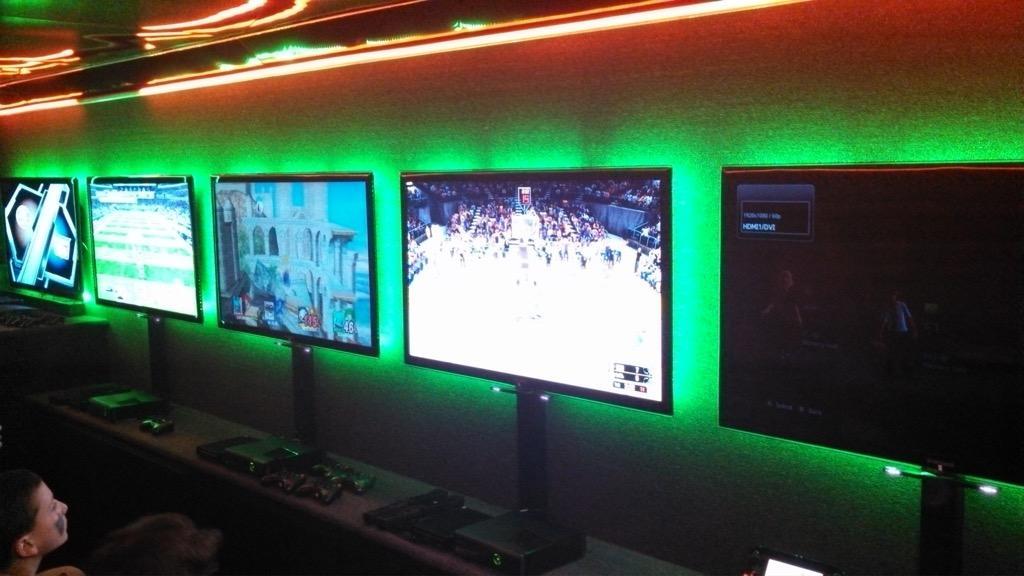 GameTruck Los Angeles image 2