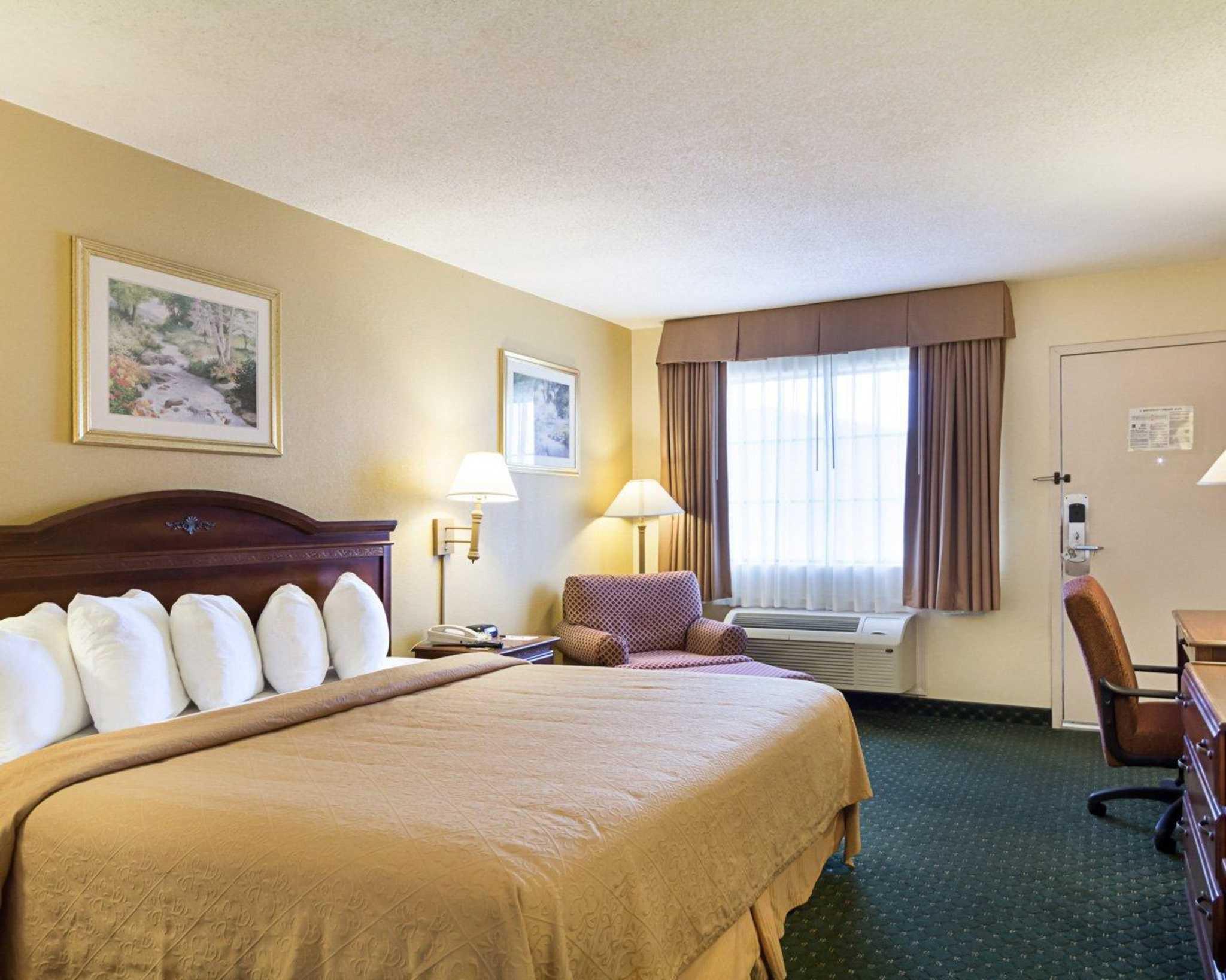 Quality Inn & Suites Southwest image 11