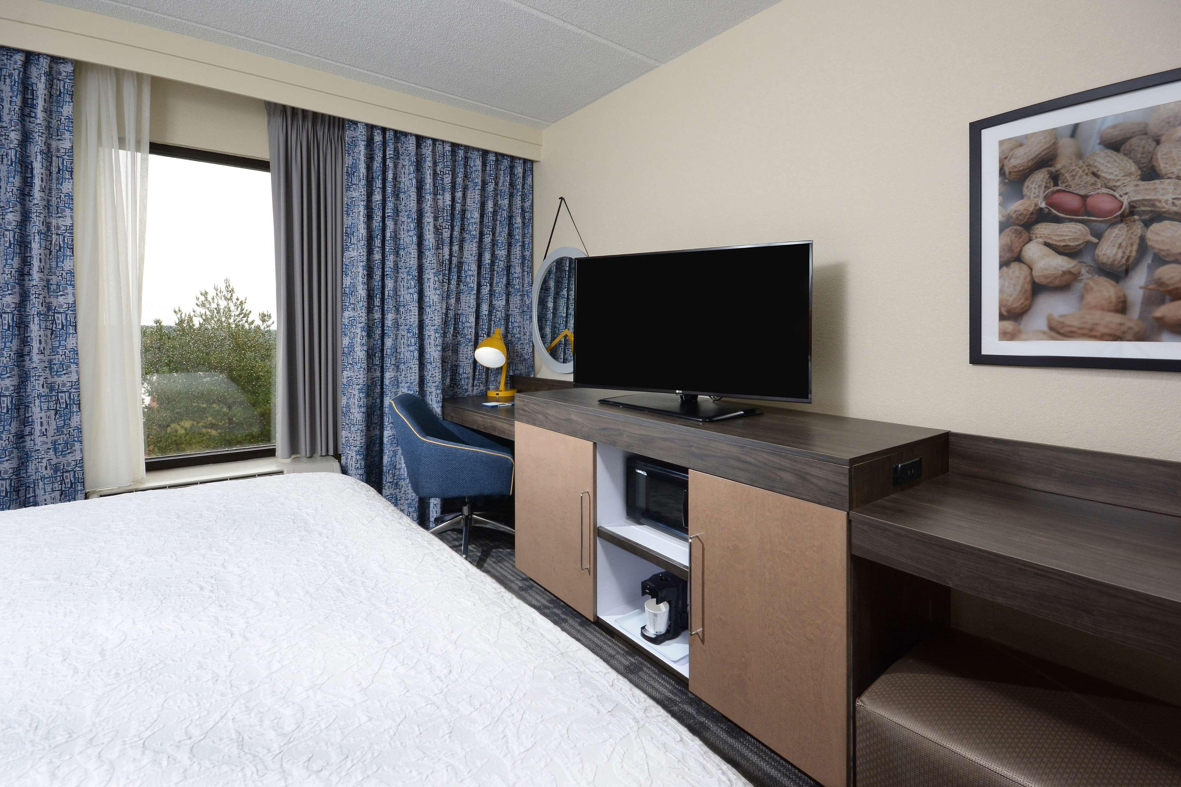 Hampton Inn & Suites Greenville/Spartanburg I-85 image 38