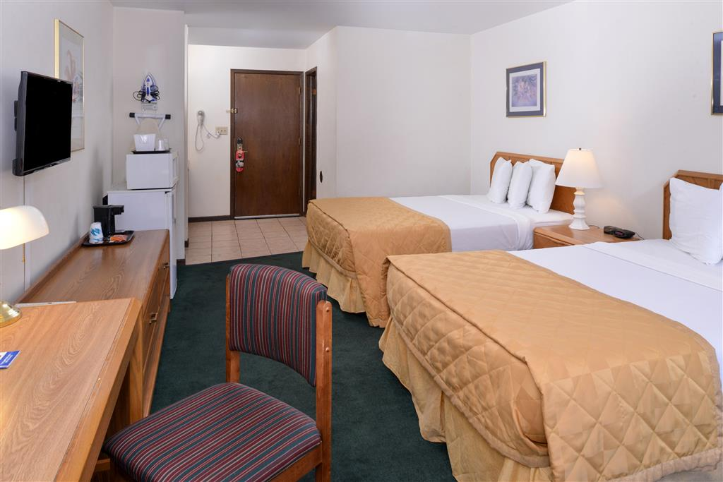 Americas Best Value Inn La Crosse image 24