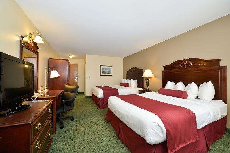 Best Western The Hotel Chequamegon image 29