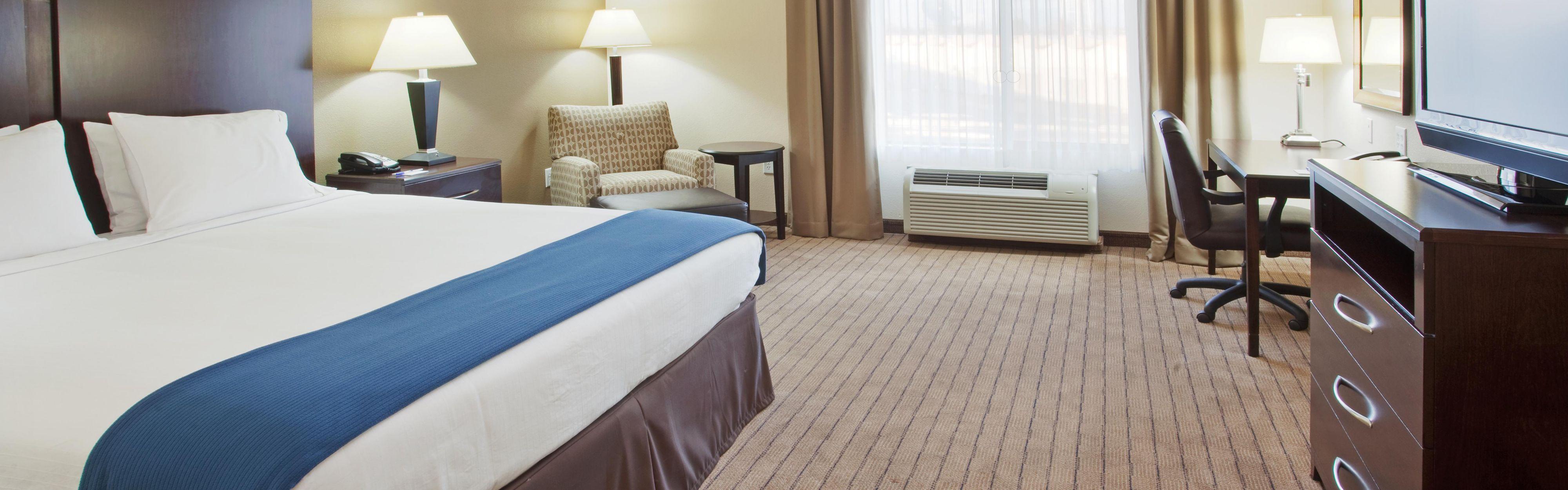 Holiday Inn Express & Suites Merced - Yosemite Natl Pk Area image 1