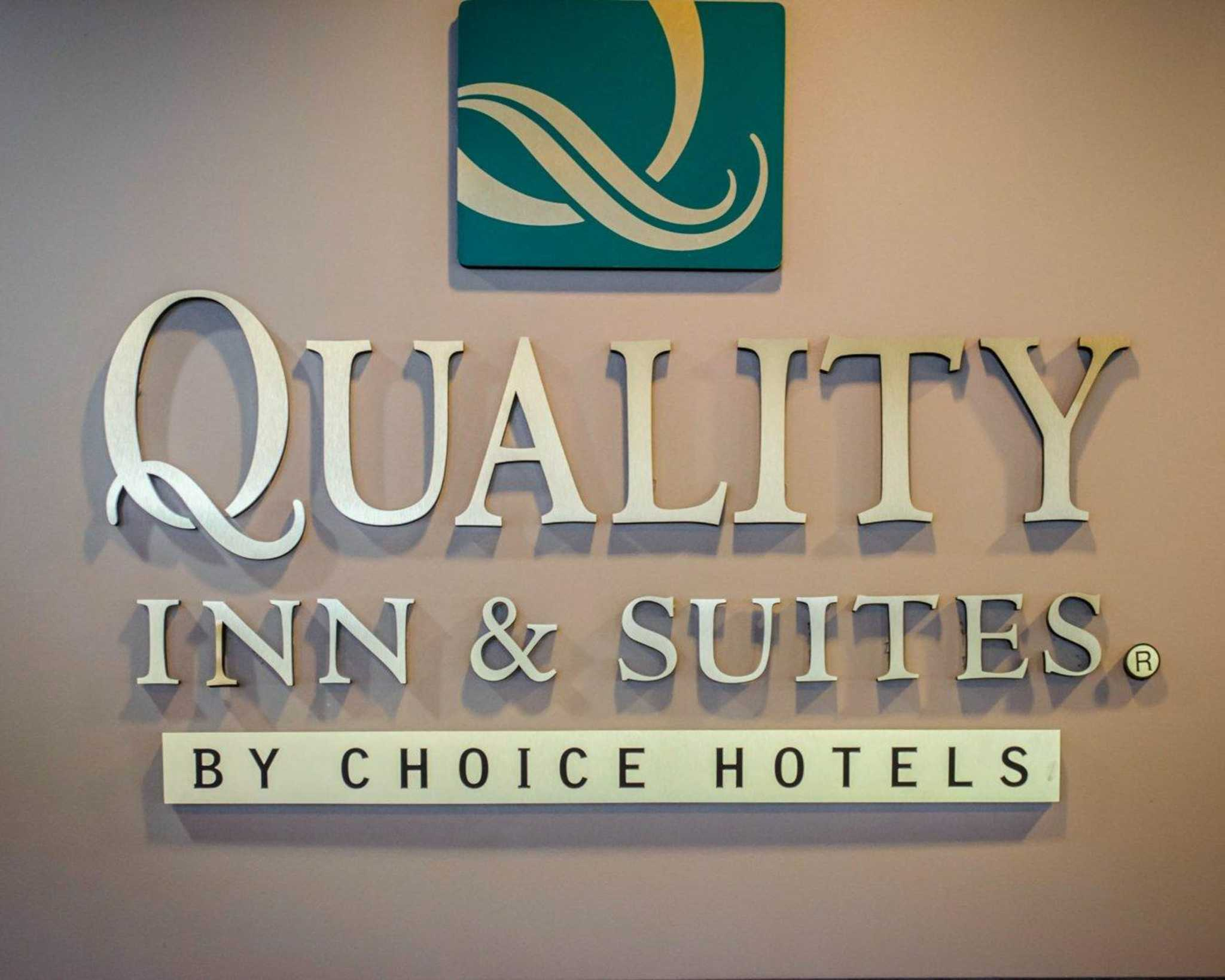 Quality Inn & Suites at Airport Blvd I-65 image 23