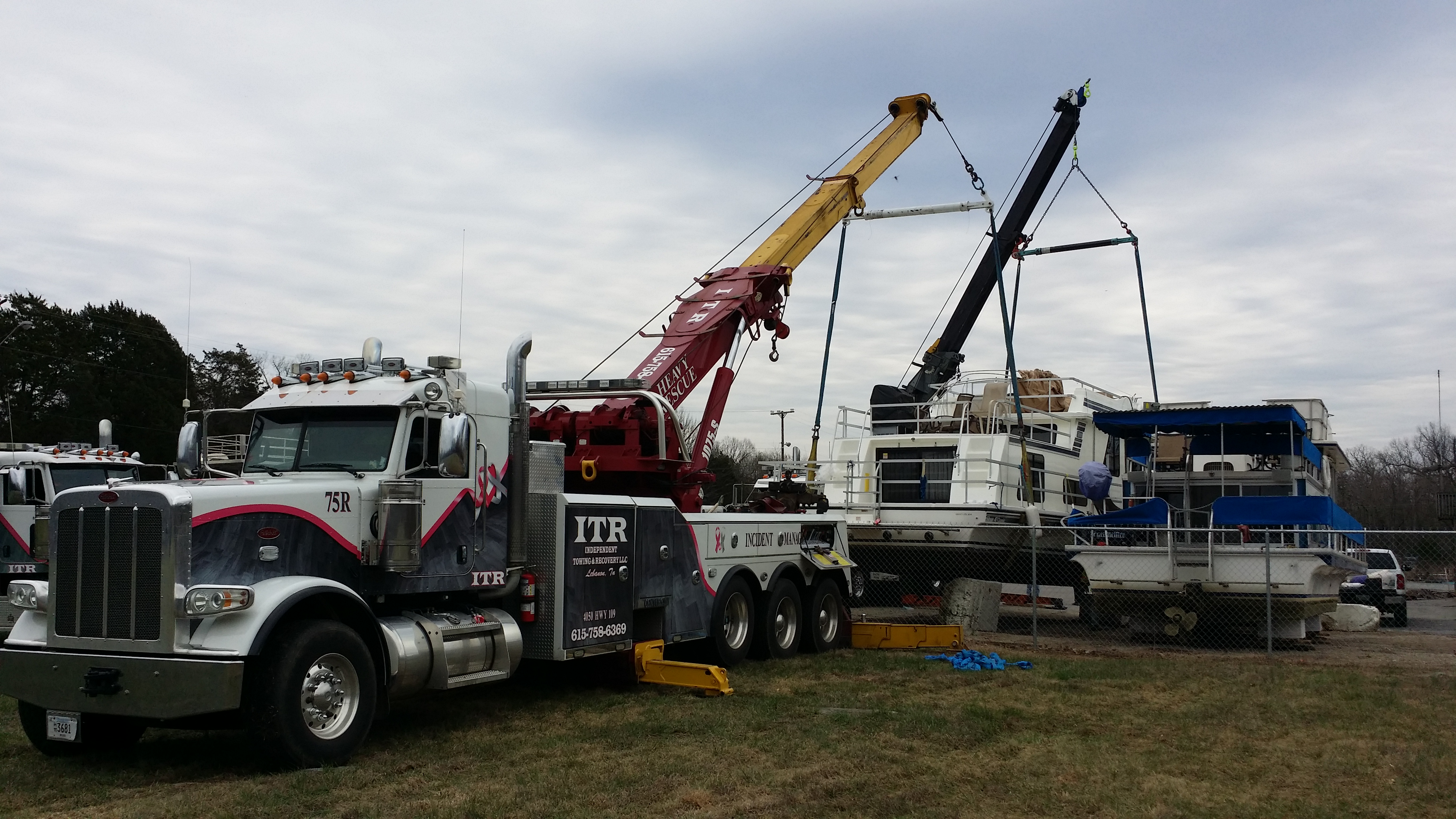 Independent Towing and Recovery LLC image 11