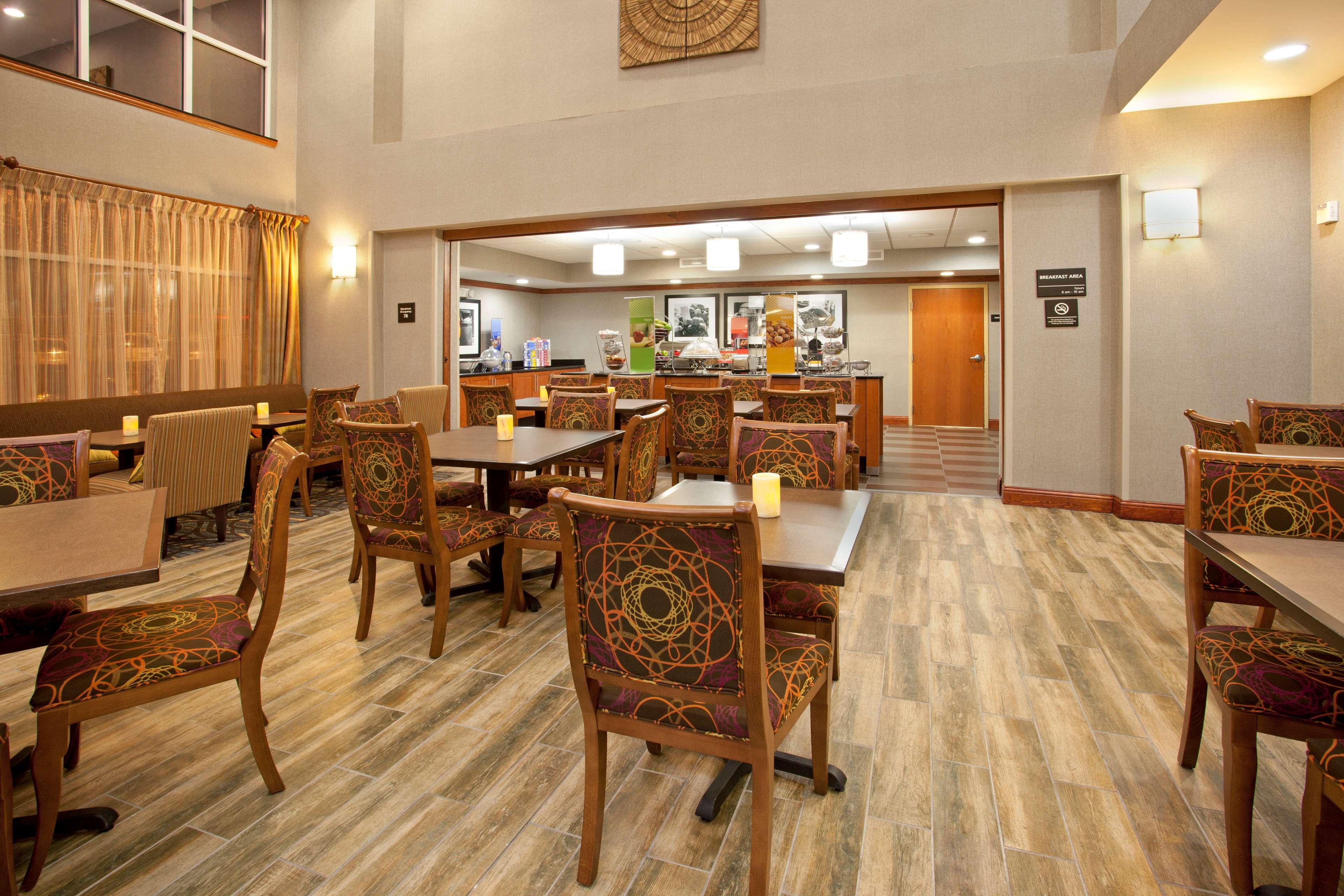 Hampton Inn & Suites Fort Worth-West-I-30 image 10
