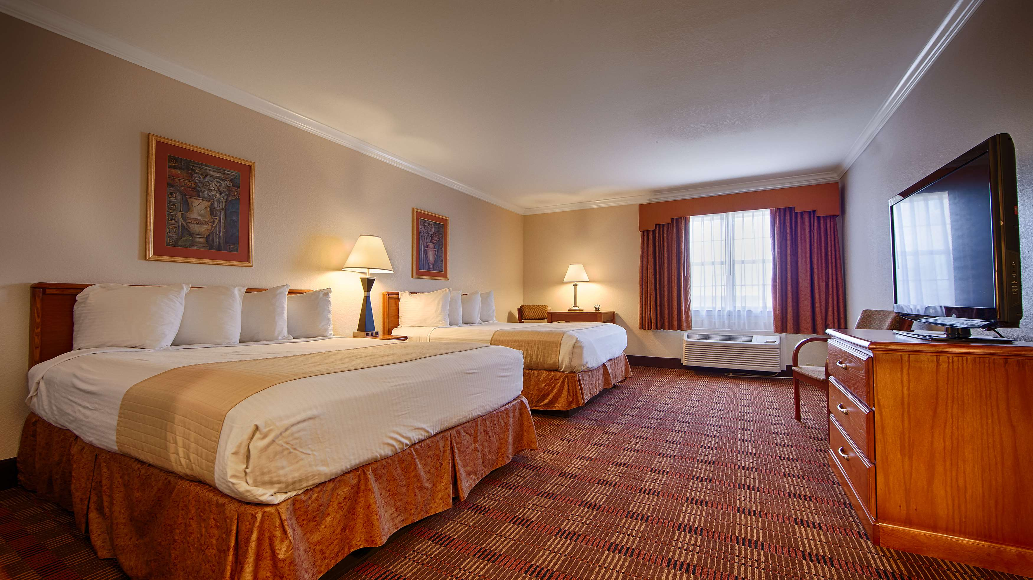 Best Western Club House Inn & Suites image 18