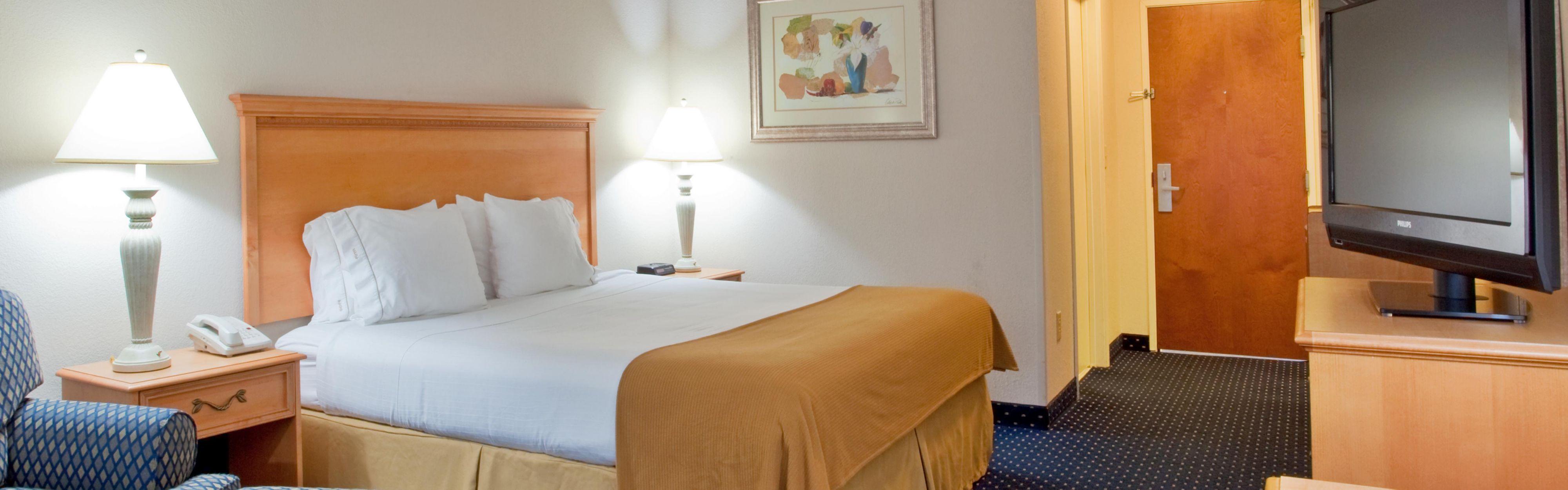 Holiday Inn Express & Suites Richmond North Ashland image 1