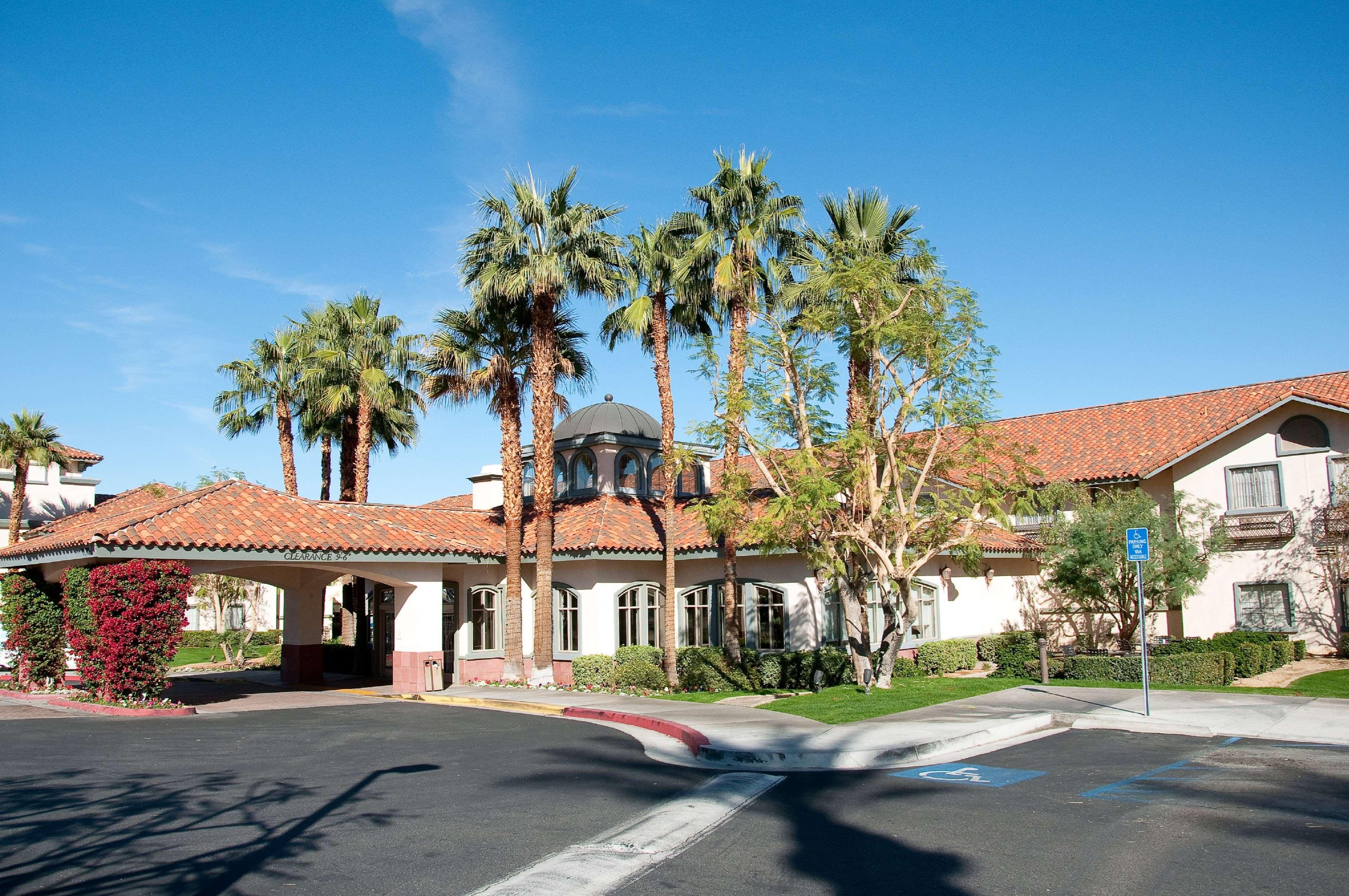 Hilton Garden Inn Palm Springs/Rancho Mirage image 1