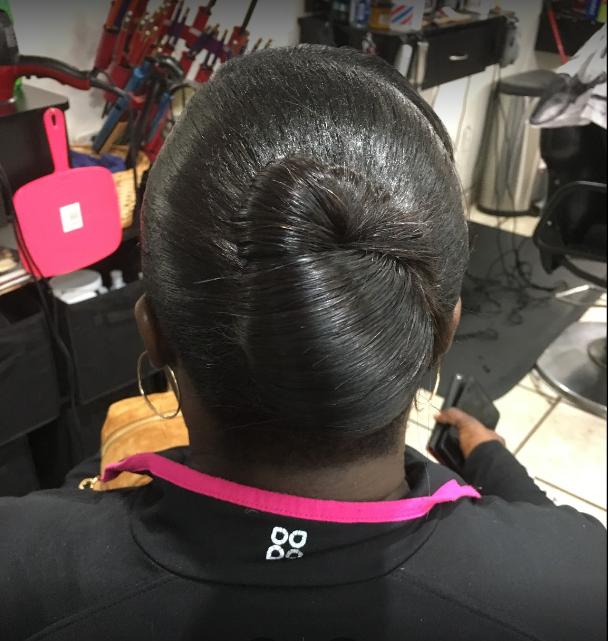 Hair Braiding Moma's Beauty Salon & Barber Shop image 19