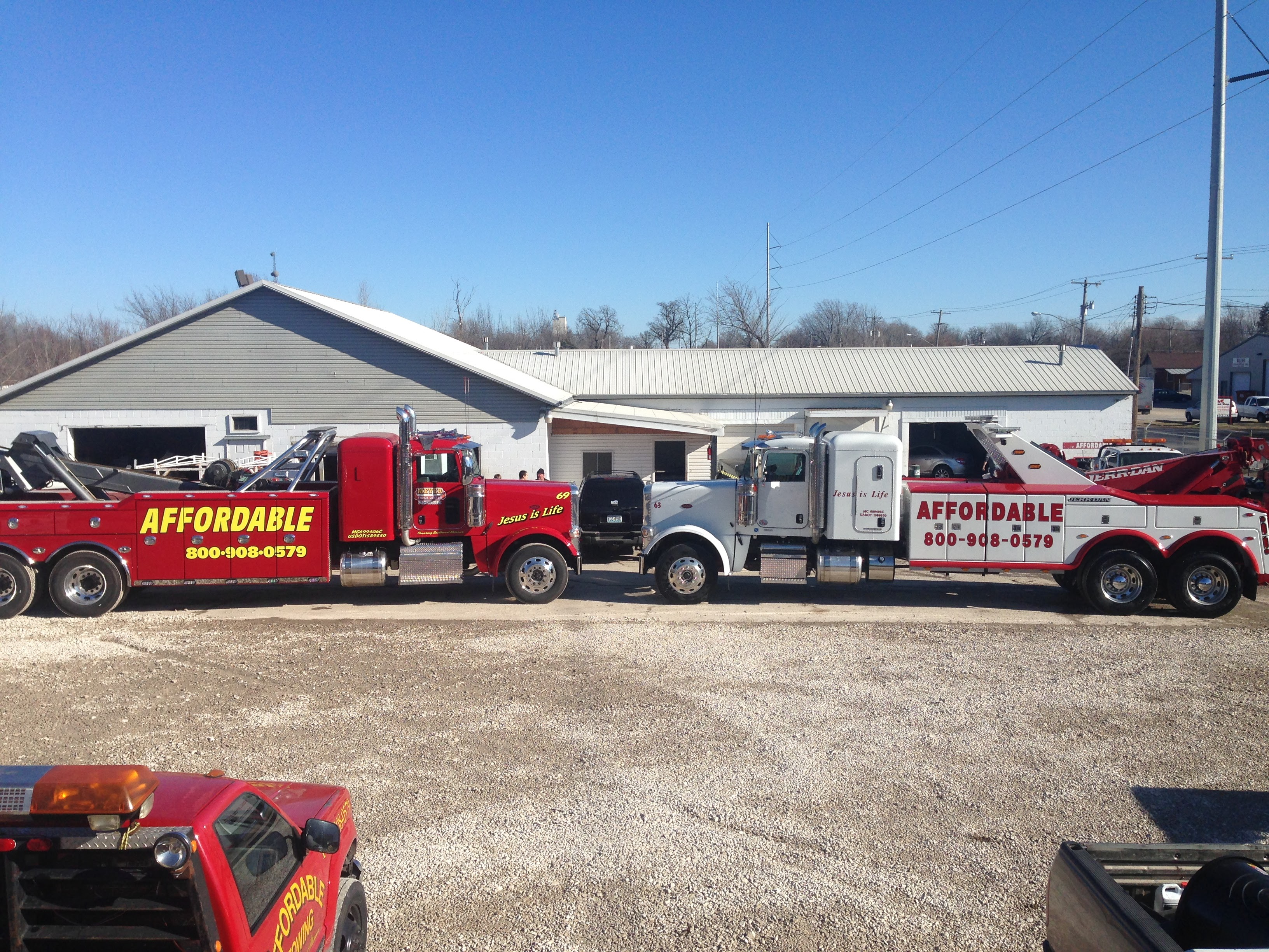 Affordable Towing image 8